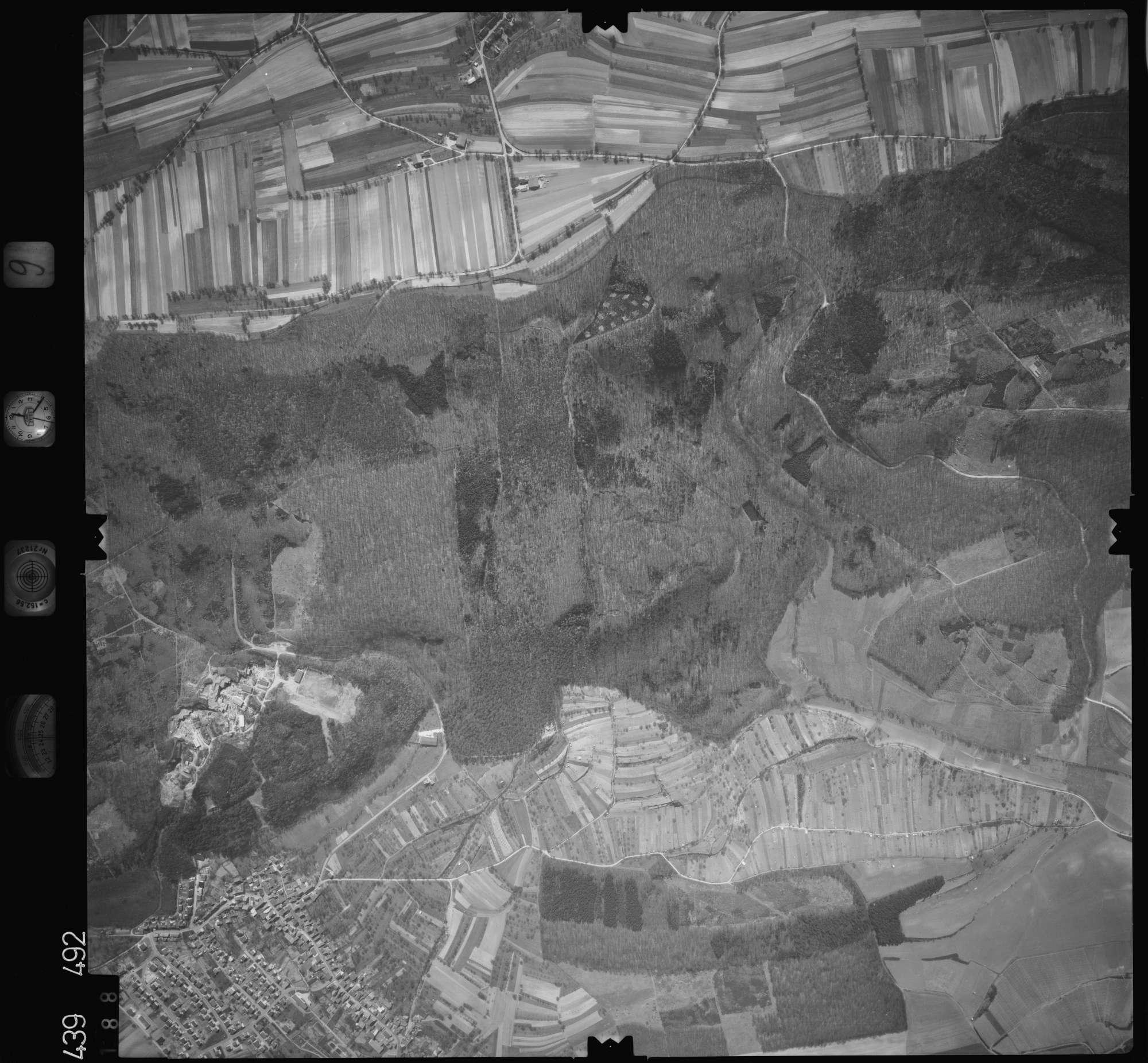 Luftbild: Film 9 Bildnr. 188, Bild 1