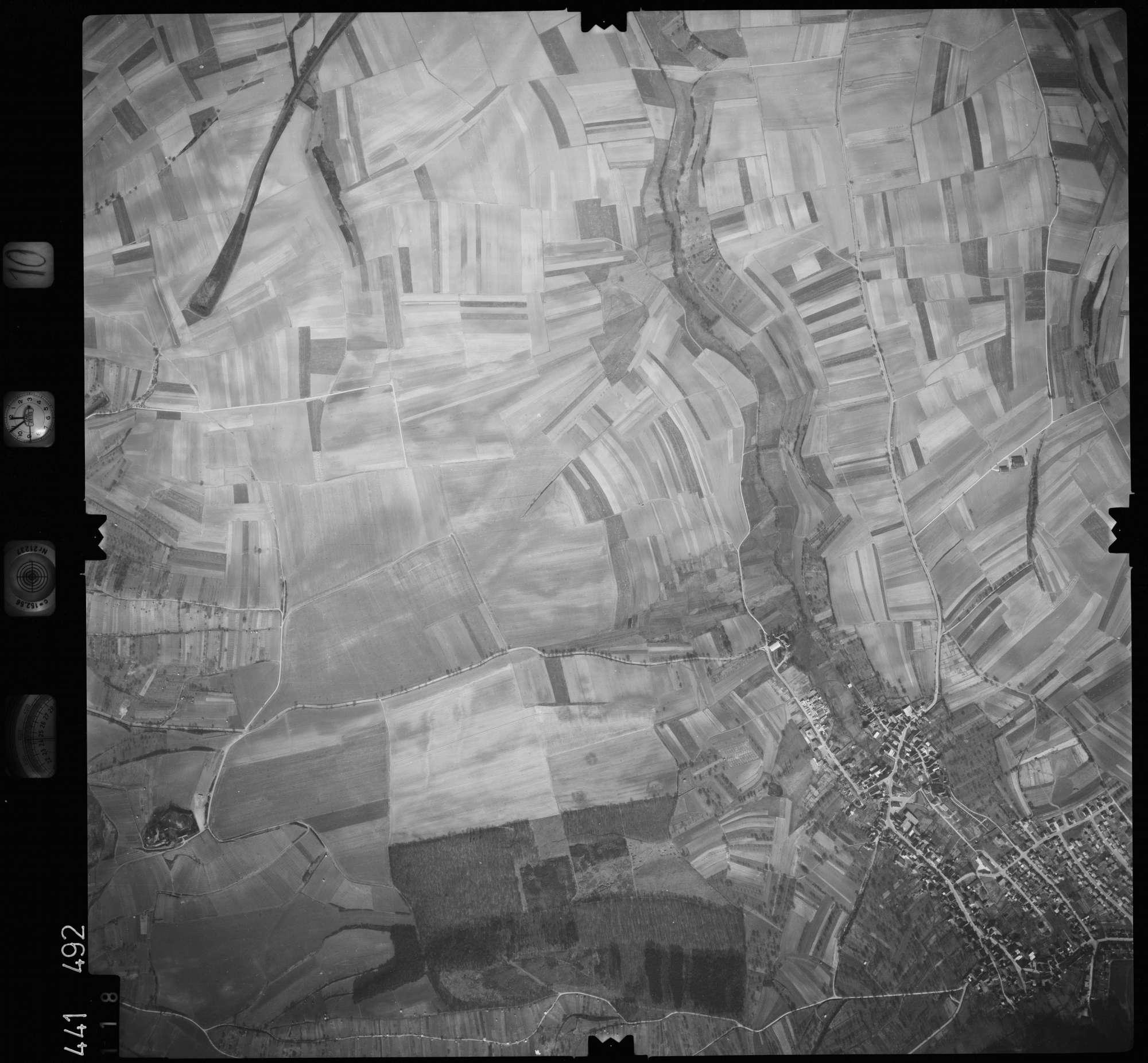 Luftbild: Film 10 Bildnr. 118, Bild 1