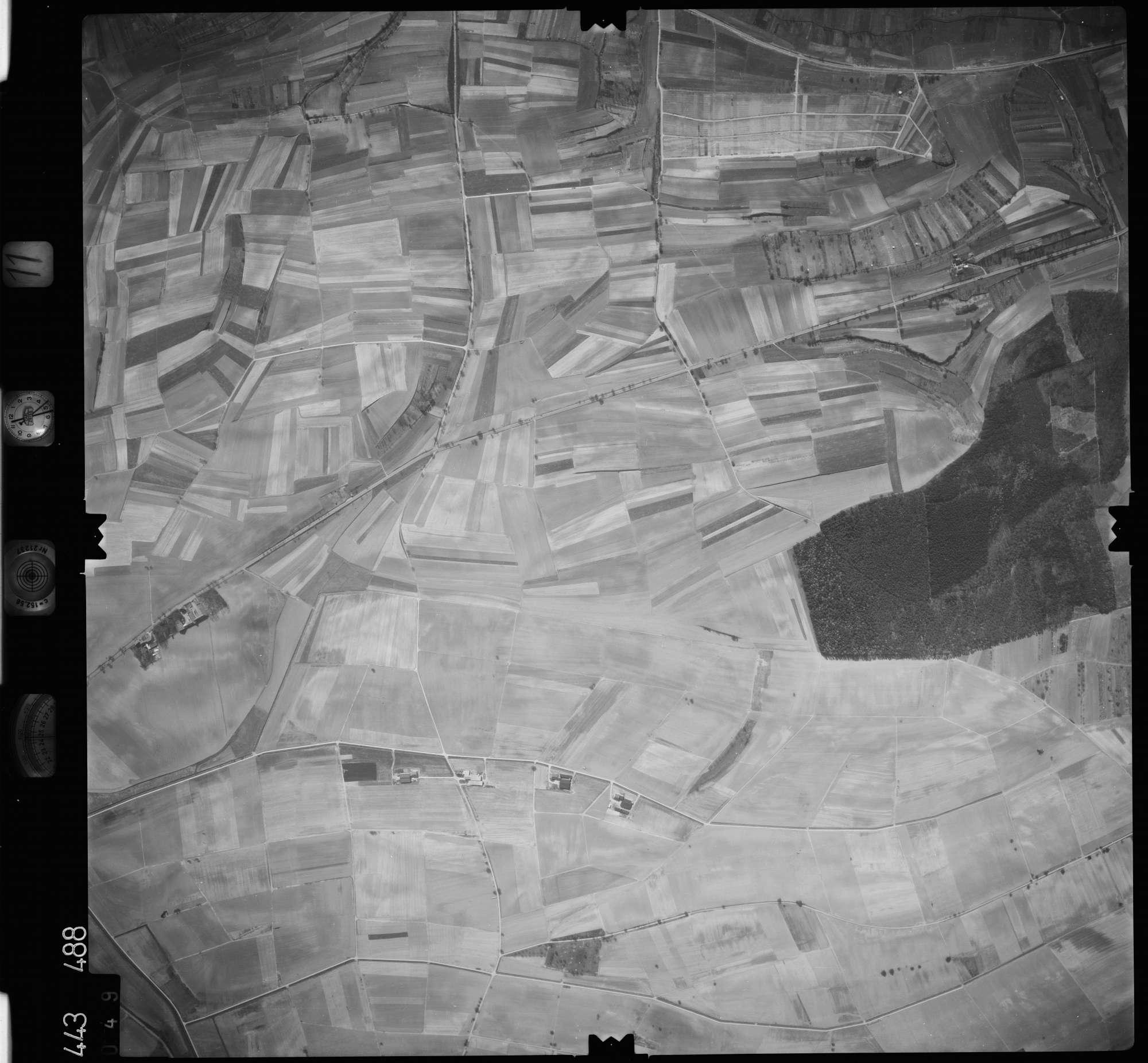 Luftbild: Film 11 Bildnr. 49, Bild 1