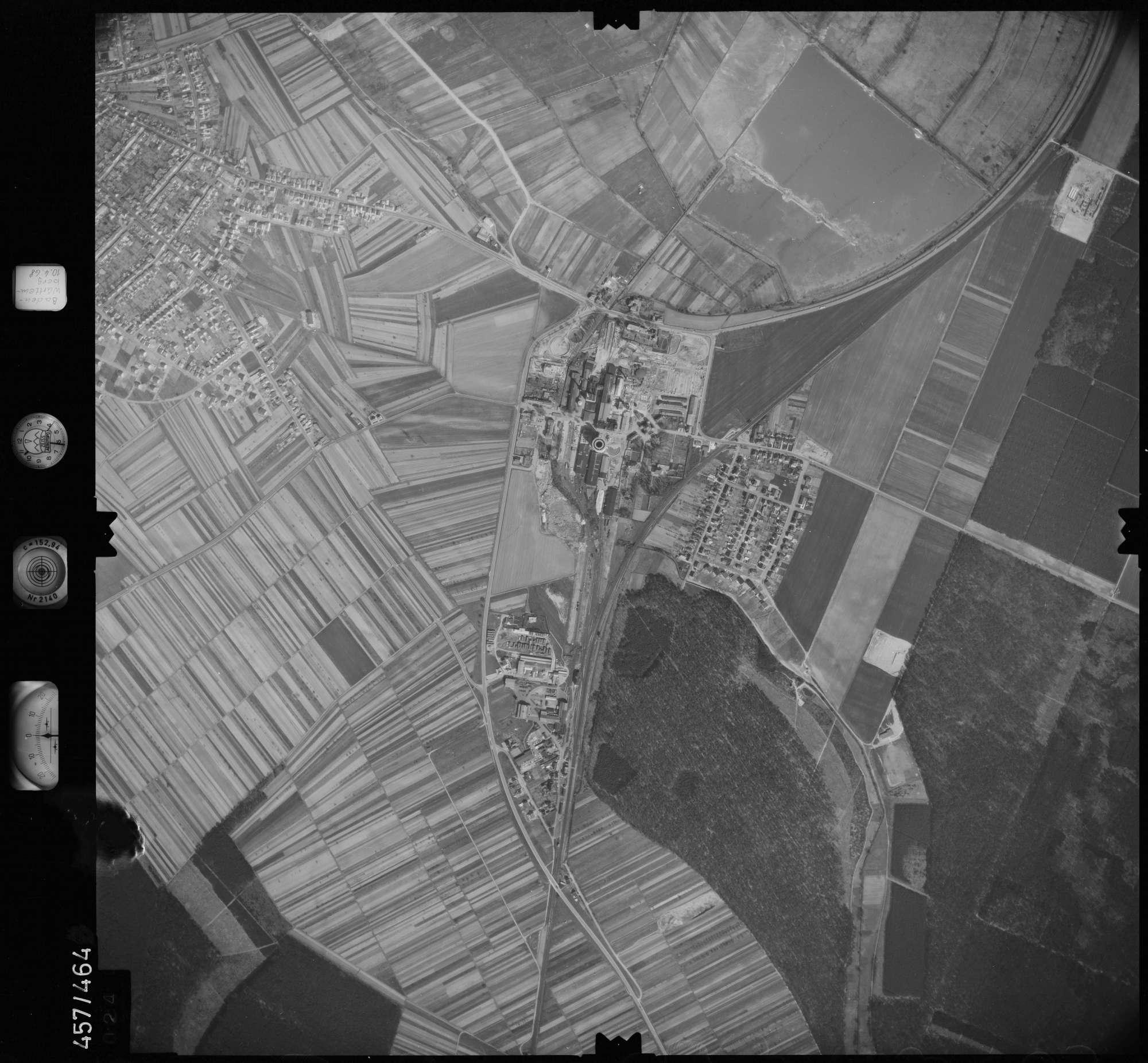 Luftbild: Film 104 Bildnr. 24, Bild 1