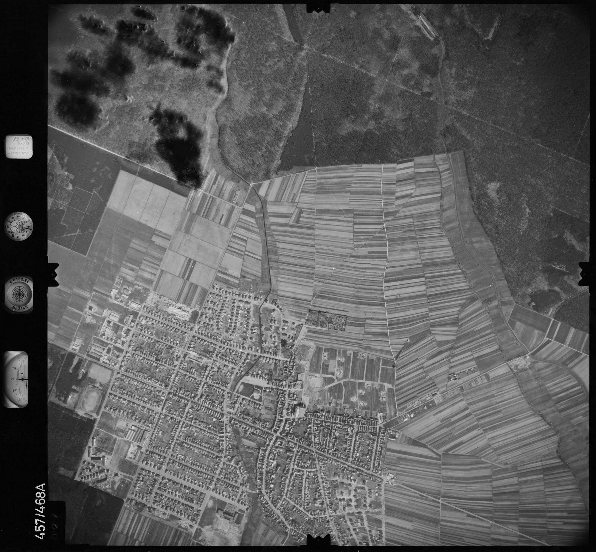 Luftbild: Film 104 Bildnr. 27, Bild 1