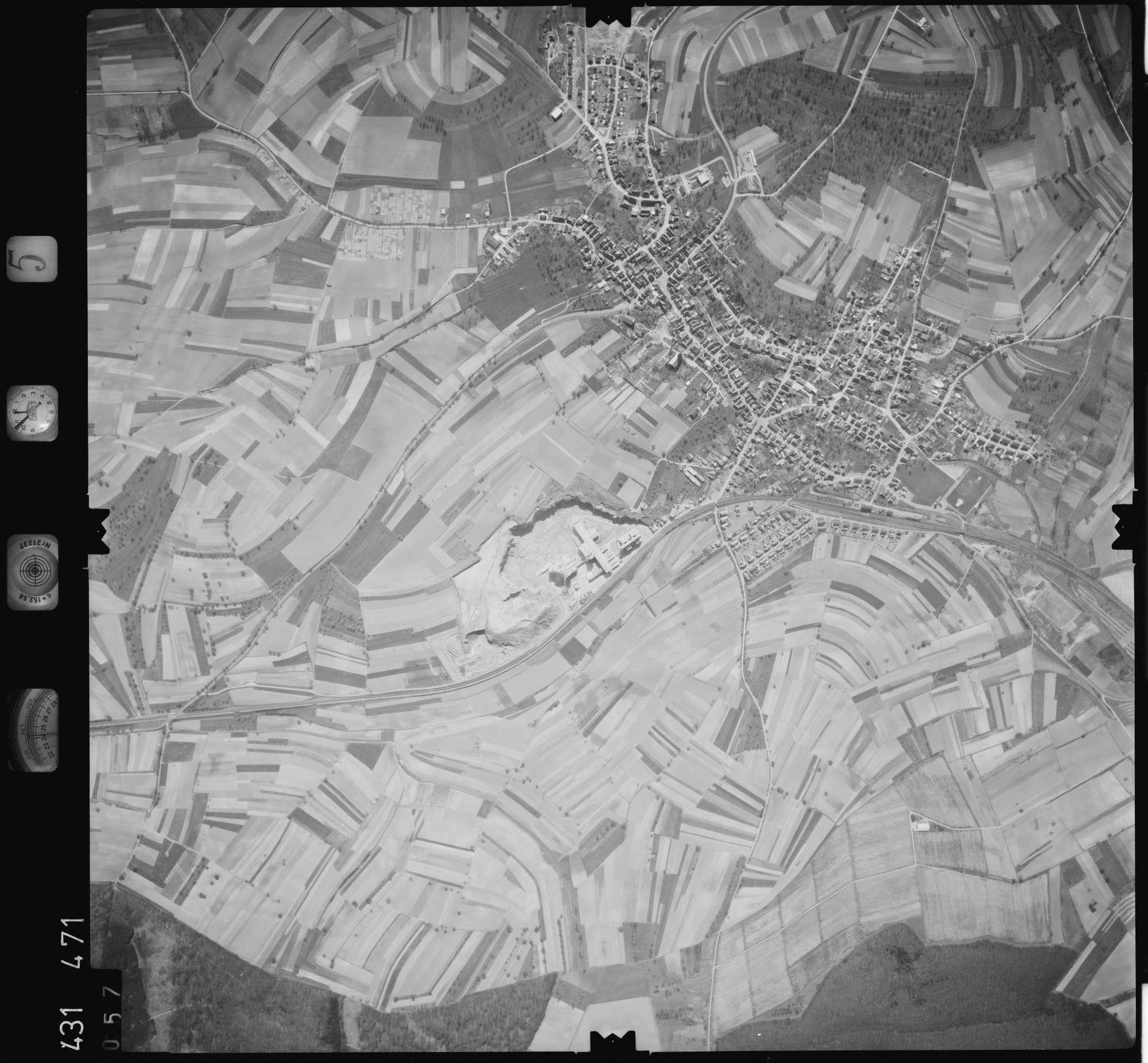 Luftbild: Film 5 Bildnr. 57, Bild 1