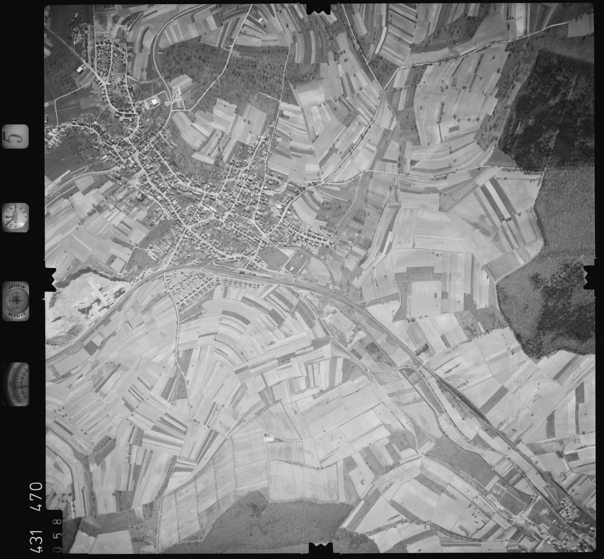 Luftbild: Film 5 Bildnr. 58, Bild 1
