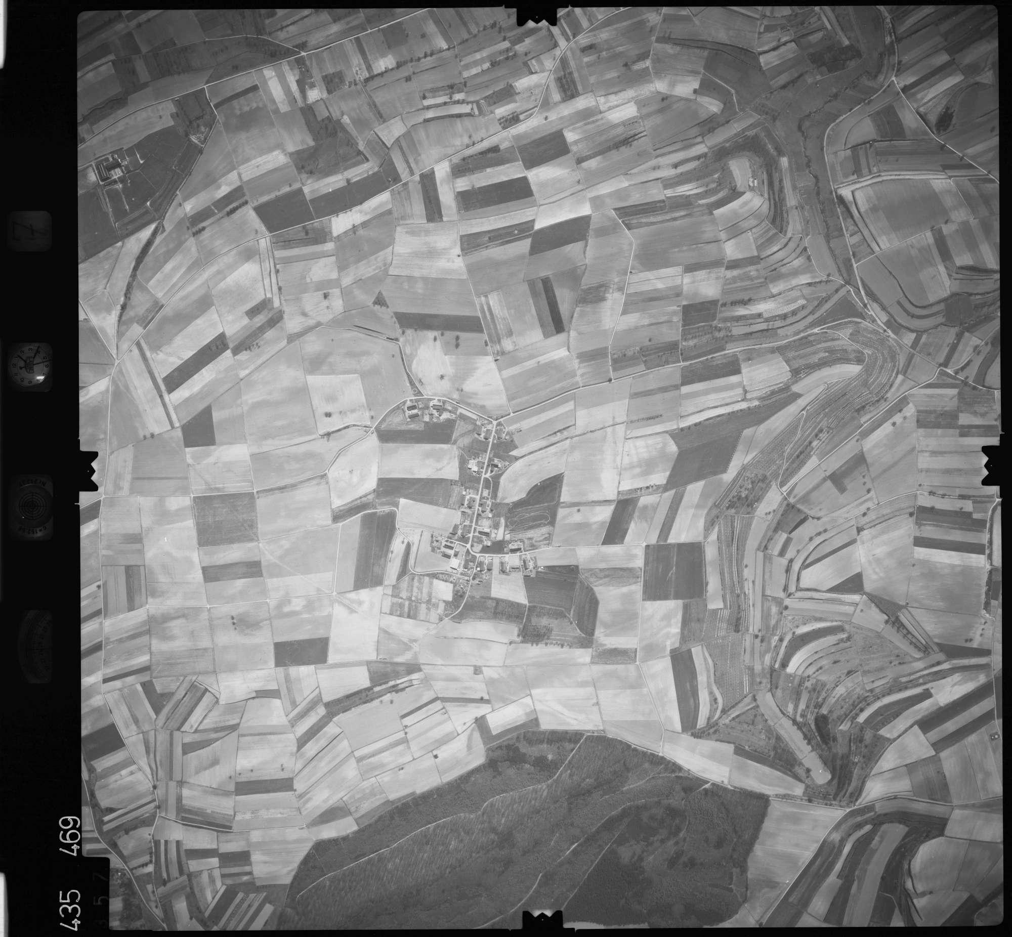 Luftbild: Film 7 Bildnr. 357, Bild 1