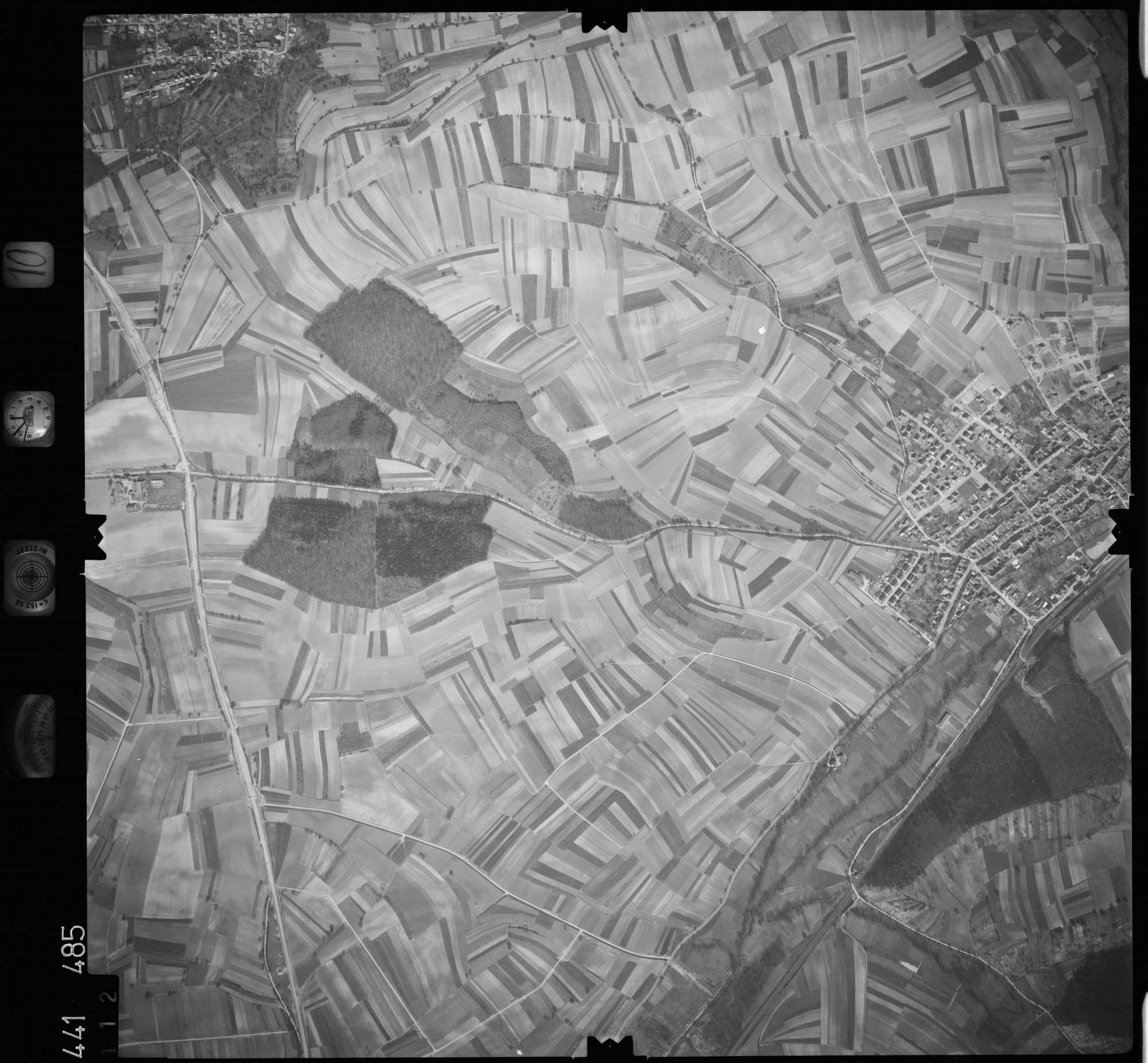 Luftbild: Film 10 Bildnr. 112, Bild 1