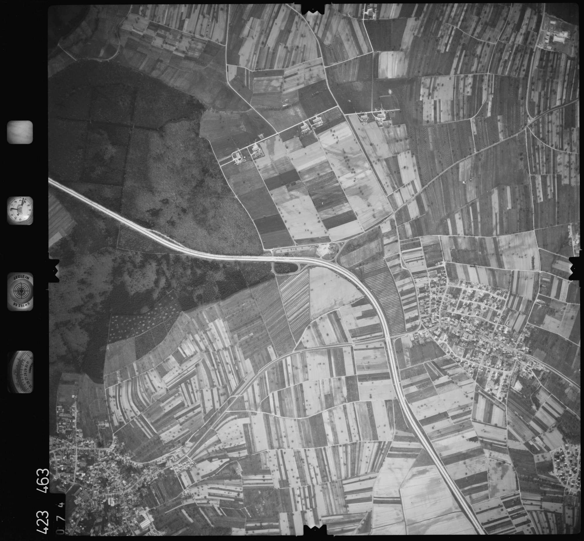 Luftbild: Film 1 Bildnr. 74, Bild 1