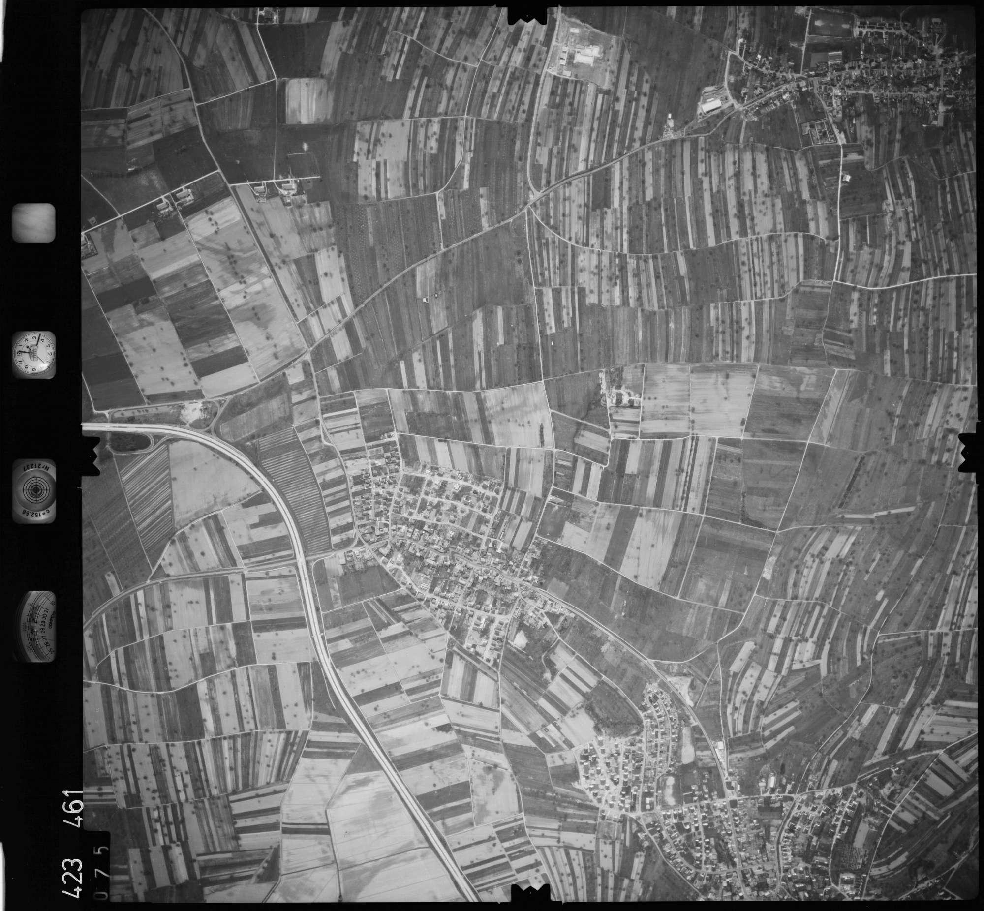 Luftbild: Film 1 Bildnr. 75, Bild 1