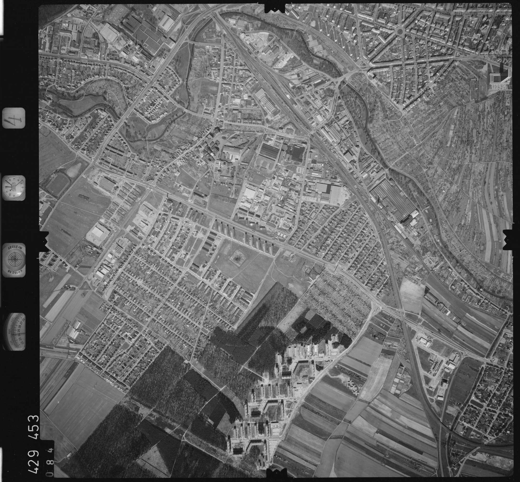 Luftbild: Film 4 Bildnr. 84, Bild 1