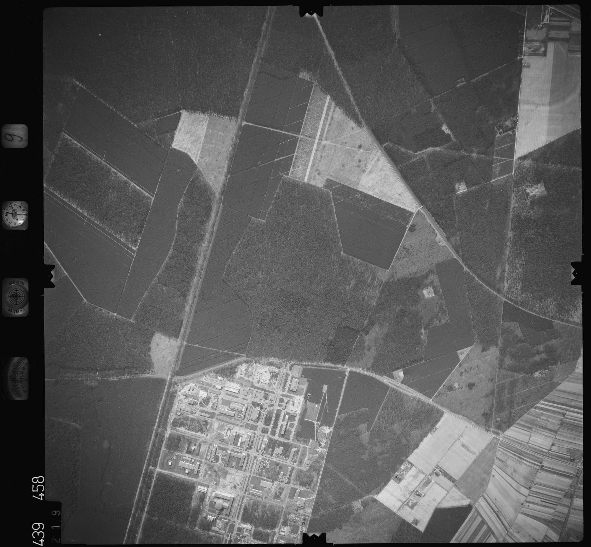Luftbild: Film 9 Bildnr. 219, Bild 1