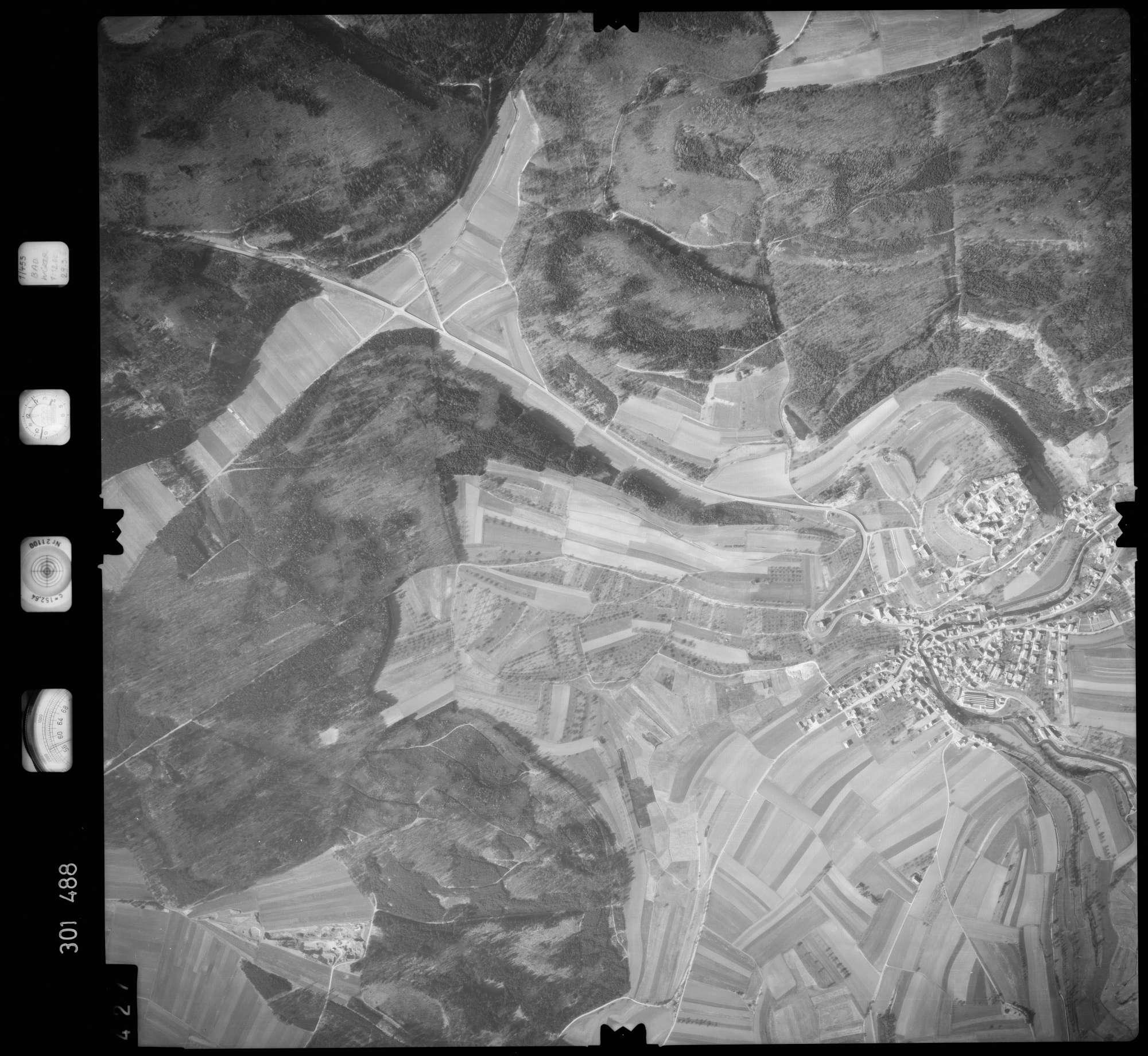 Luftbild: Film 64 Bildnr. 427, Bild 1