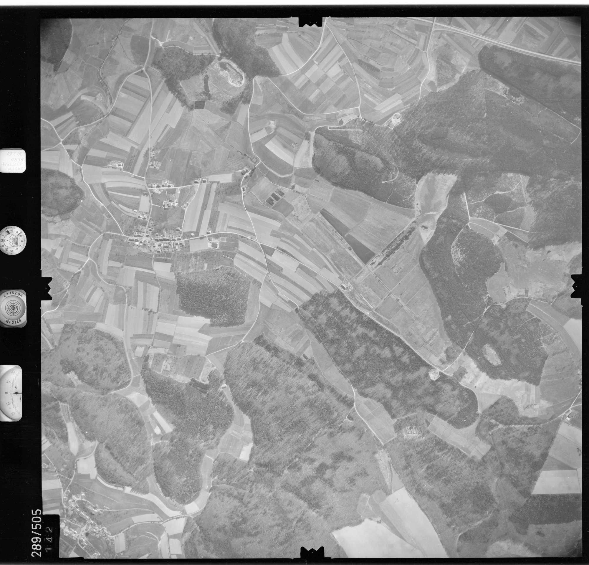 Luftbild: Film 78 Bildnr. 142, Bild 1