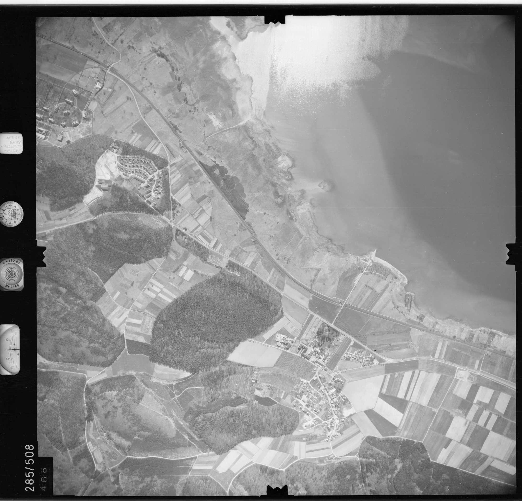 Luftbild: Film 79 Bildnr. 466, Bild 1