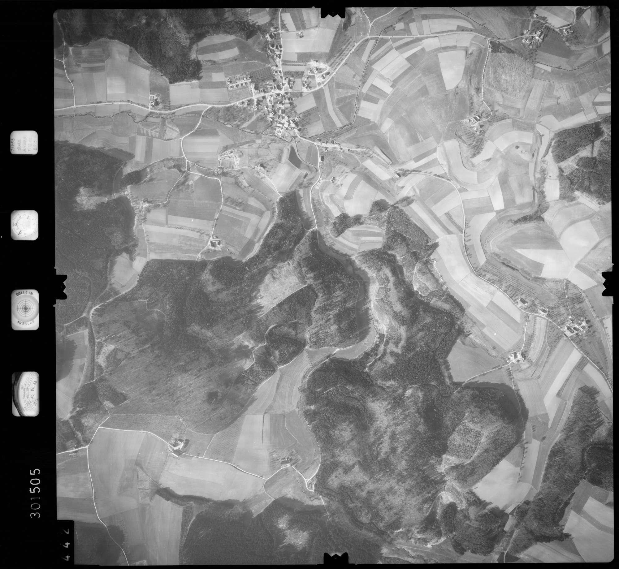 Luftbild: Film 64 Bildnr. 442, Bild 1
