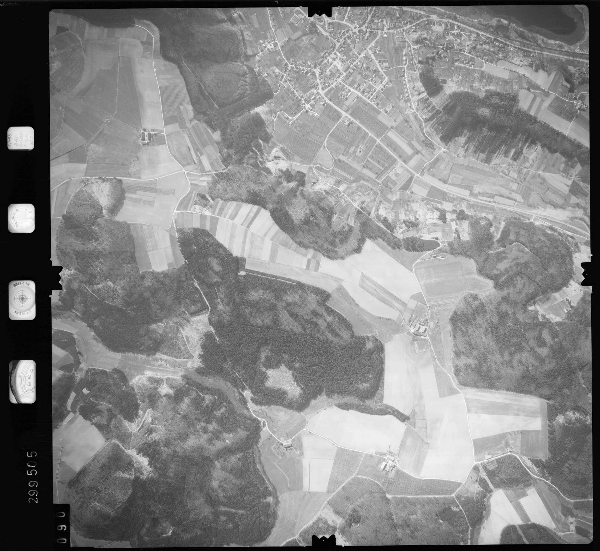 Luftbild: Film 66 Bildnr. 90, Bild 1