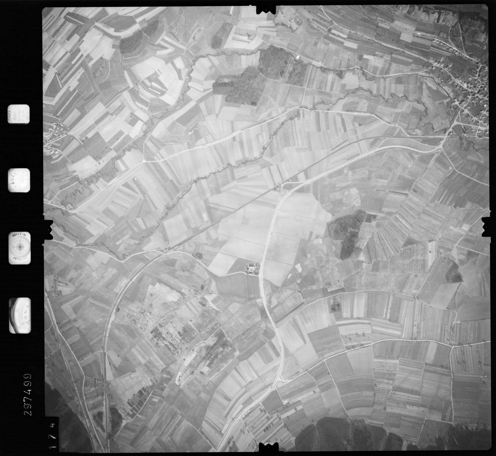 Luftbild: Film 66 Bildnr. 174, Bild 1
