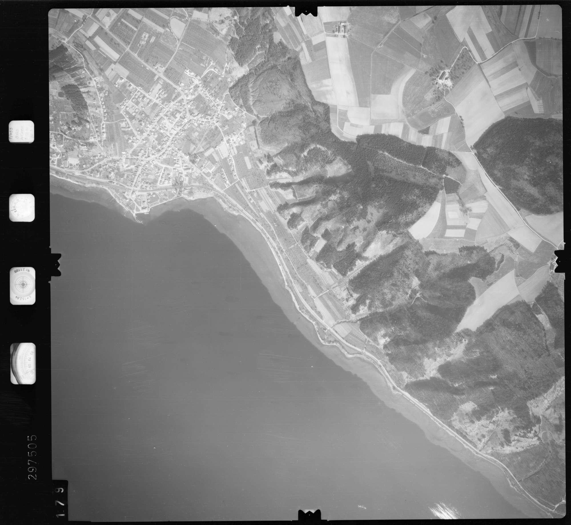 Luftbild: Film 66 Bildnr. 179, Bild 1