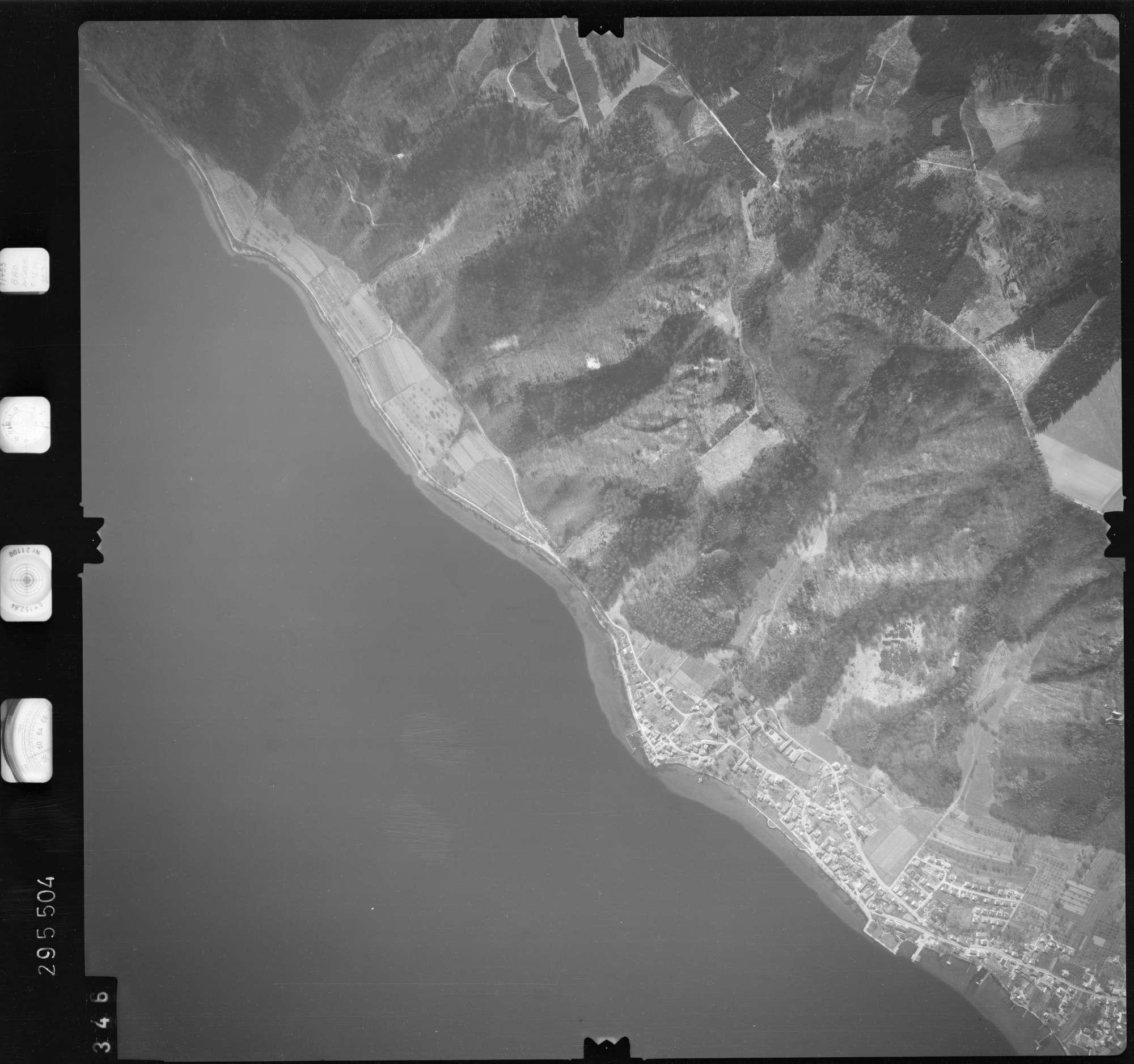 Luftbild: Film 69 Bildnr. 346, Bild 1