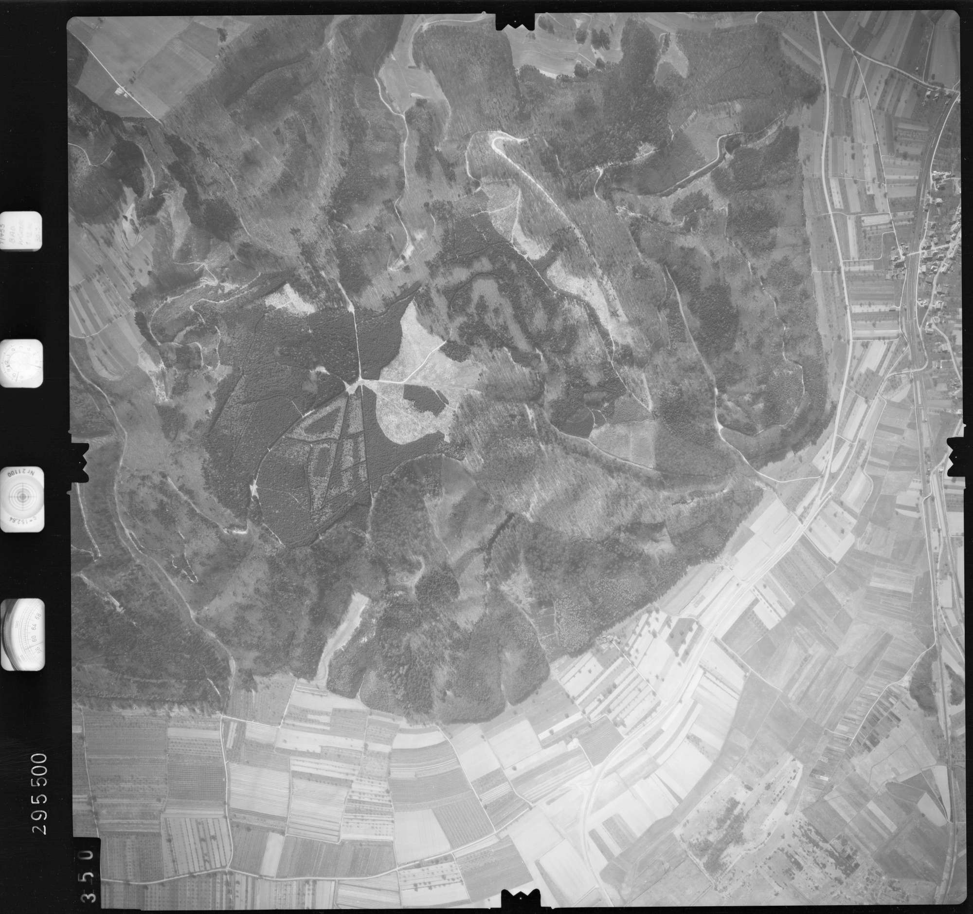 Luftbild: Film 69 Bildnr. 350, Bild 1