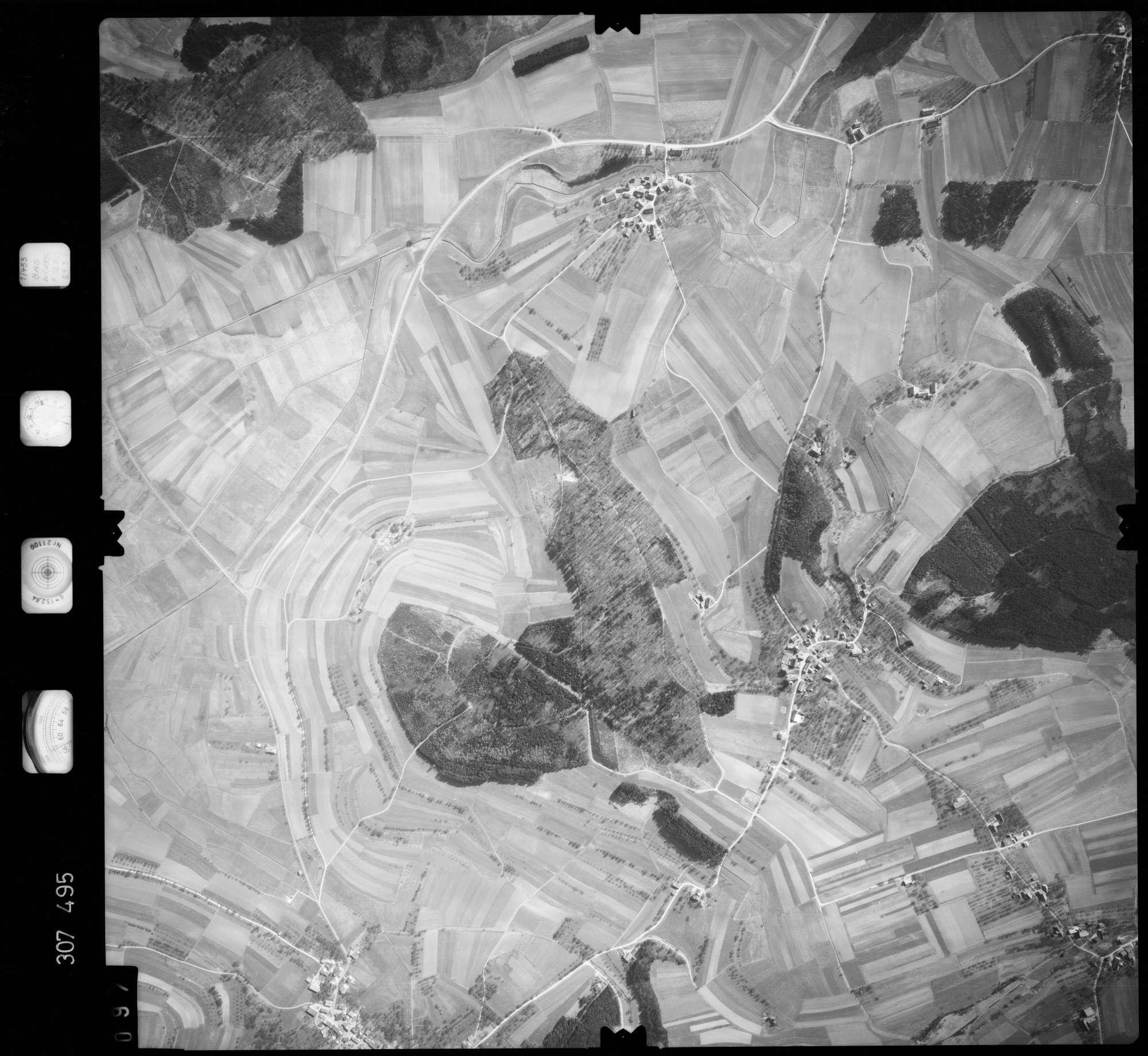 Luftbild: Film 61 Bildnr. 97, Bild 1