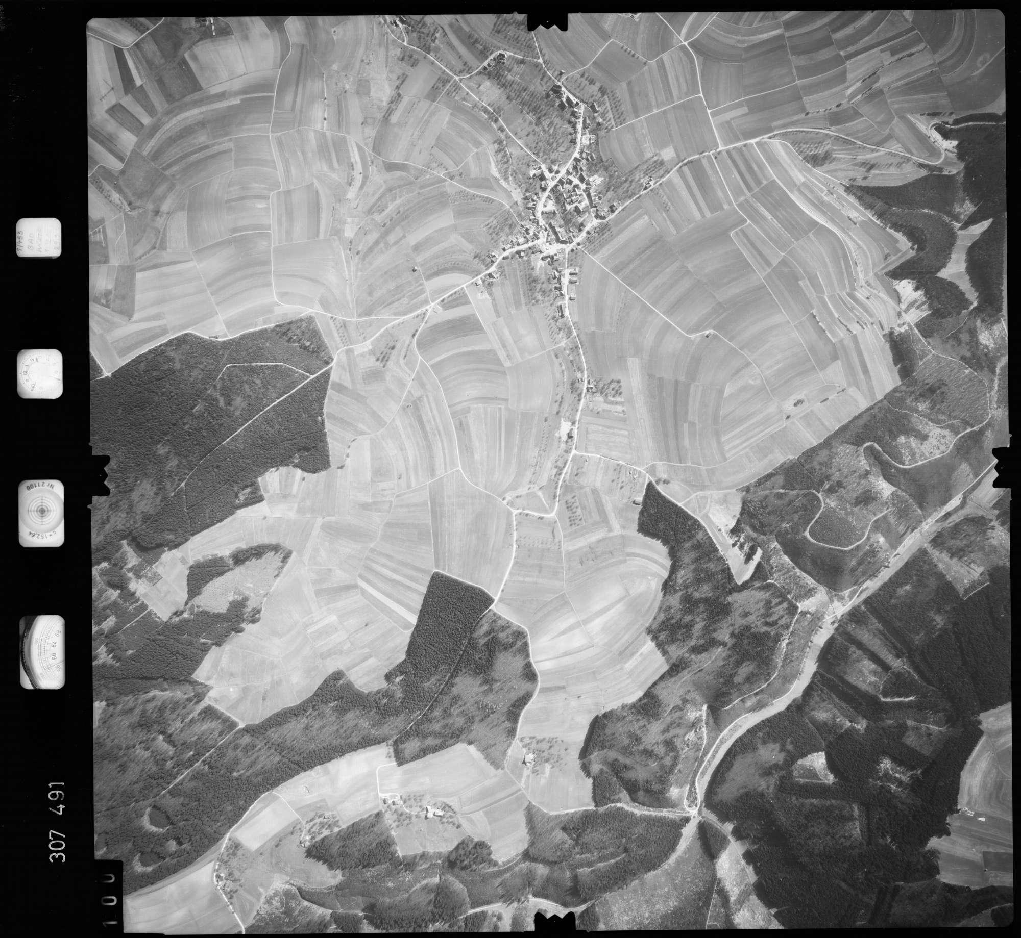 Luftbild: Film 61 Bildnr. 100, Bild 1