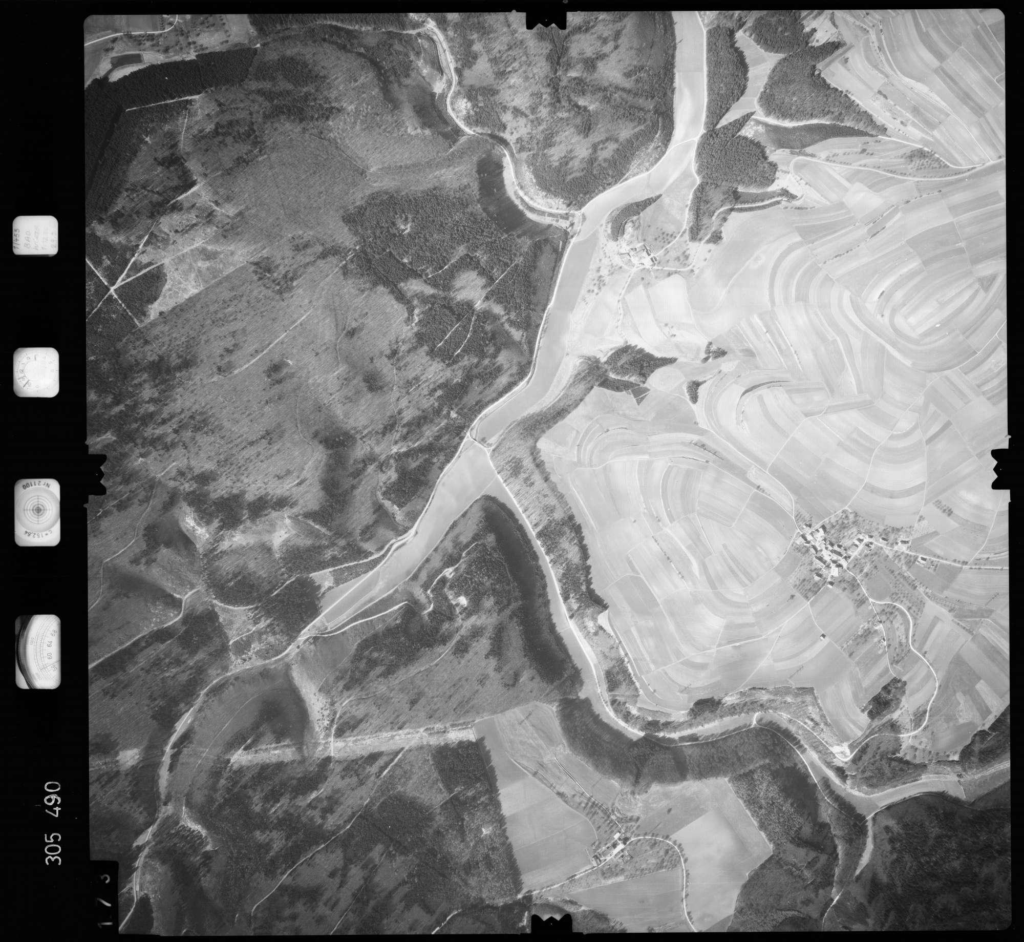 Luftbild: Film 61 Bildnr. 173, Bild 1