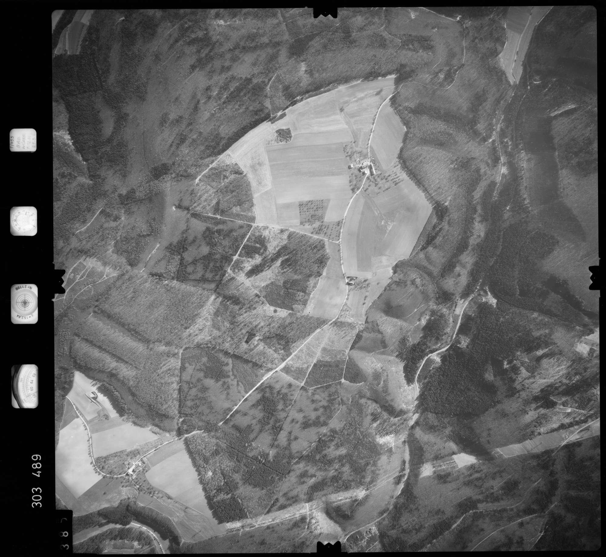 Luftbild: Film 64 Bildnr. 385, Bild 1