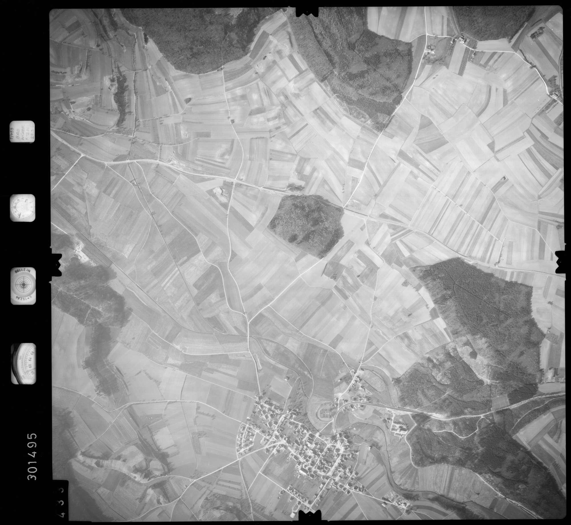 Luftbild: Film 64 Bildnr. 433, Bild 1