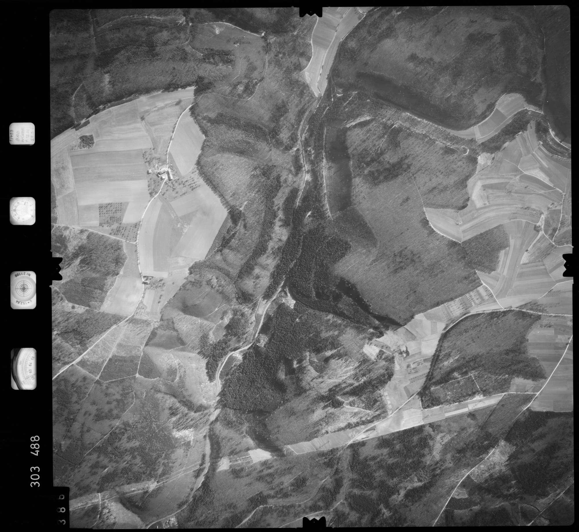 Luftbild: Film 64 Bildnr. 386, Bild 1