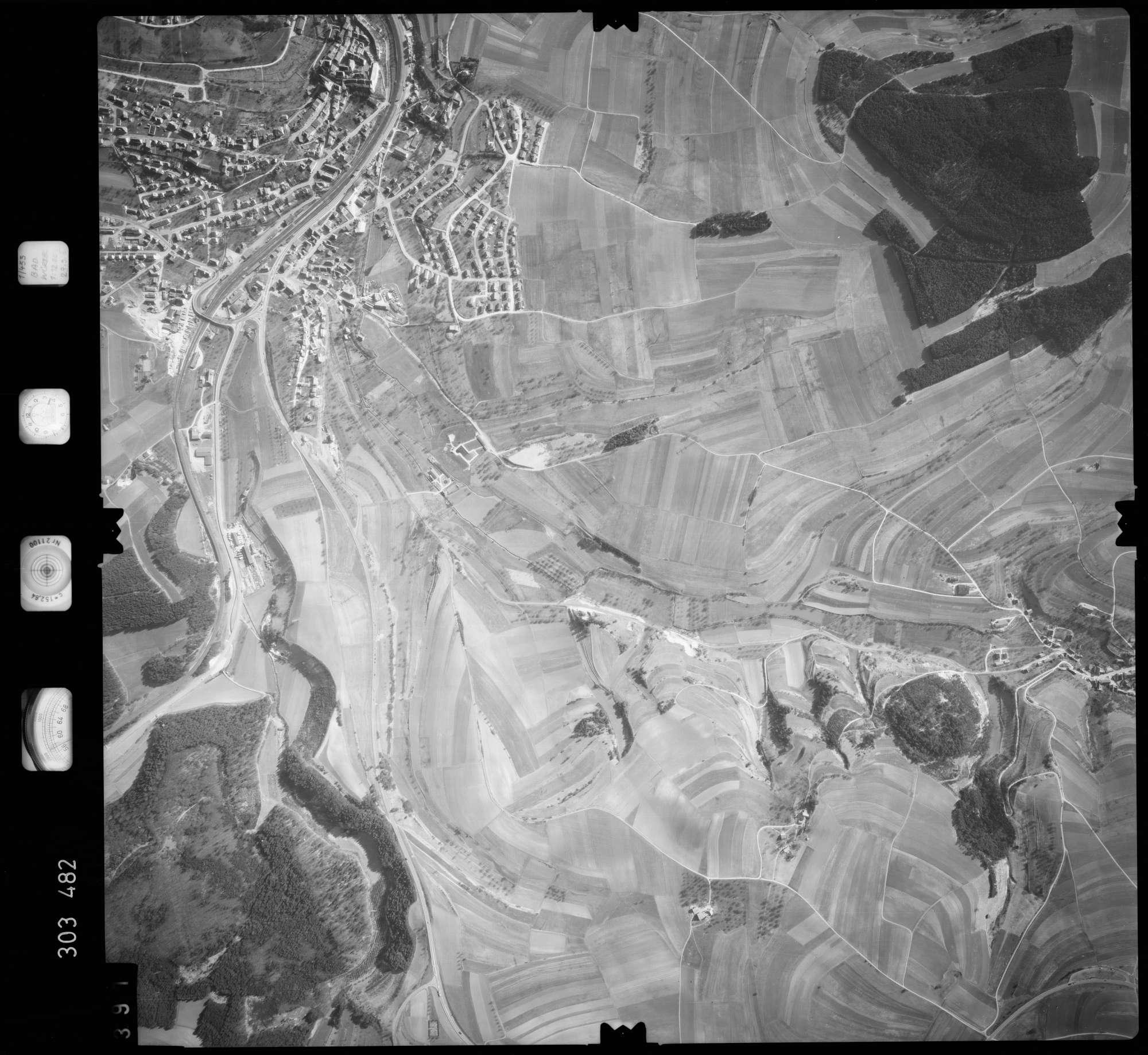 Luftbild: Film 64 Bildnr. 391, Bild 1