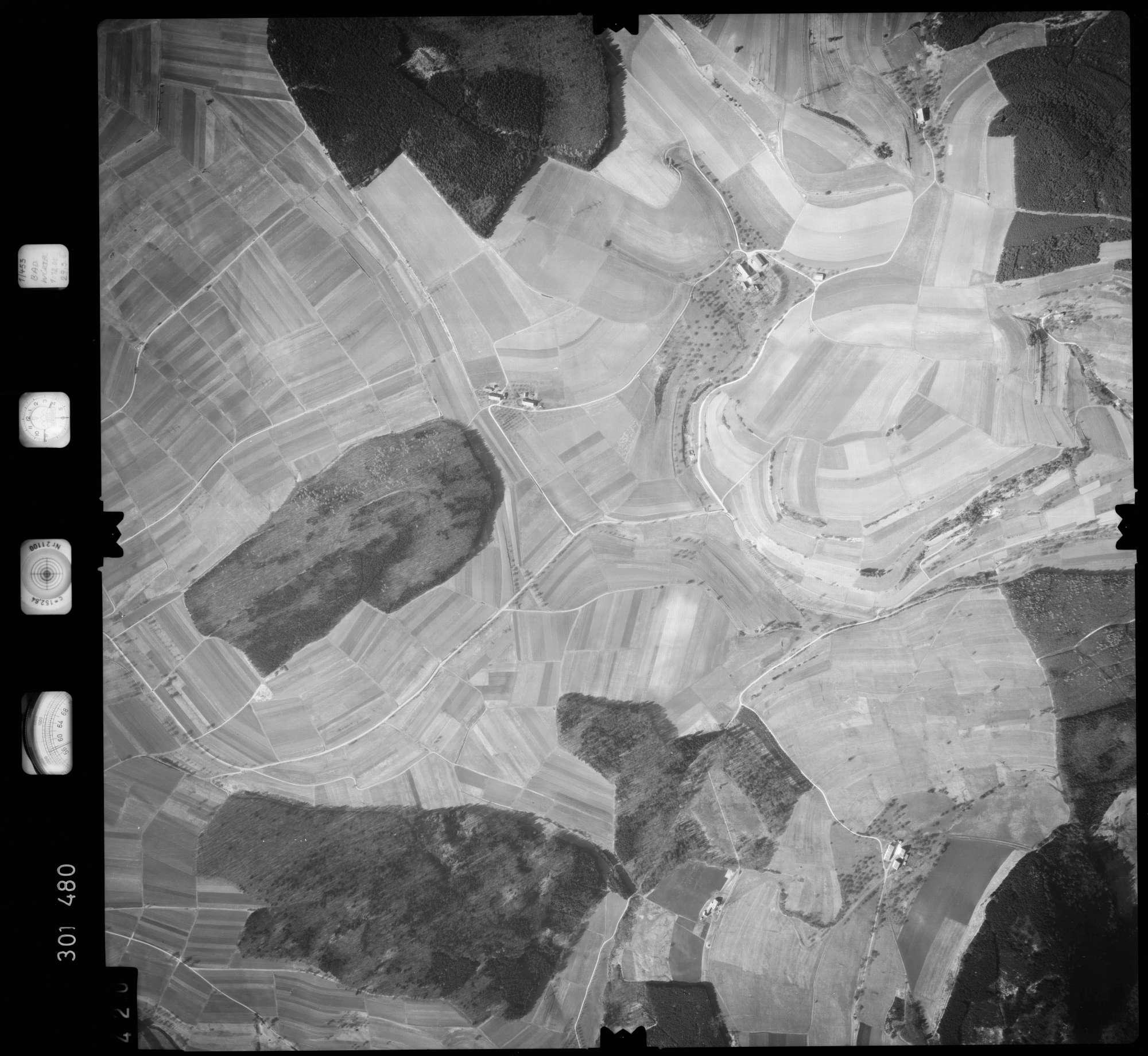 Luftbild: Film 64 Bildnr. 420, Bild 1