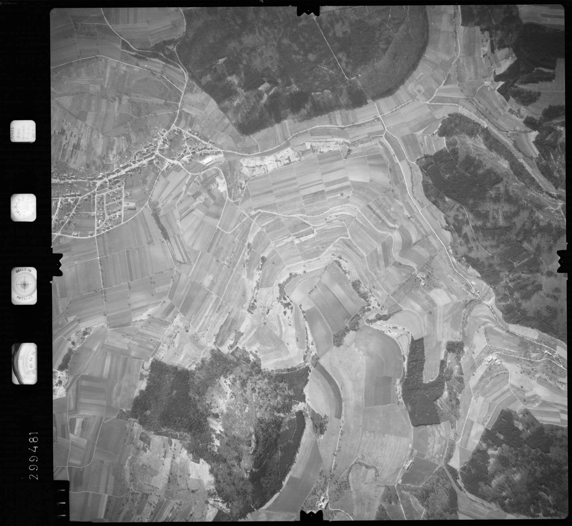 Luftbild: Film 66 Bildnr. 111, Bild 1