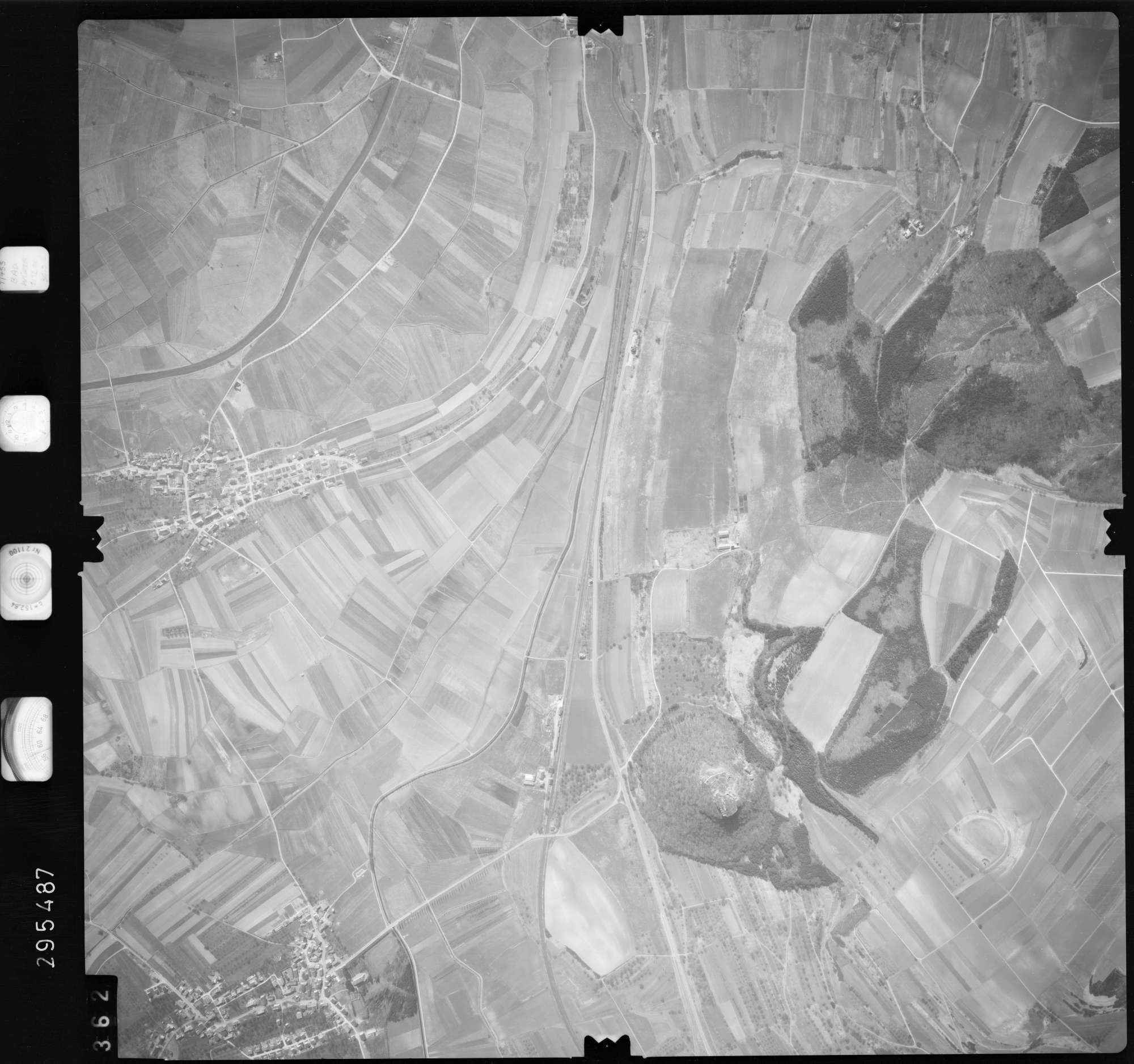 Luftbild: Film 69 Bildnr. 362, Bild 1