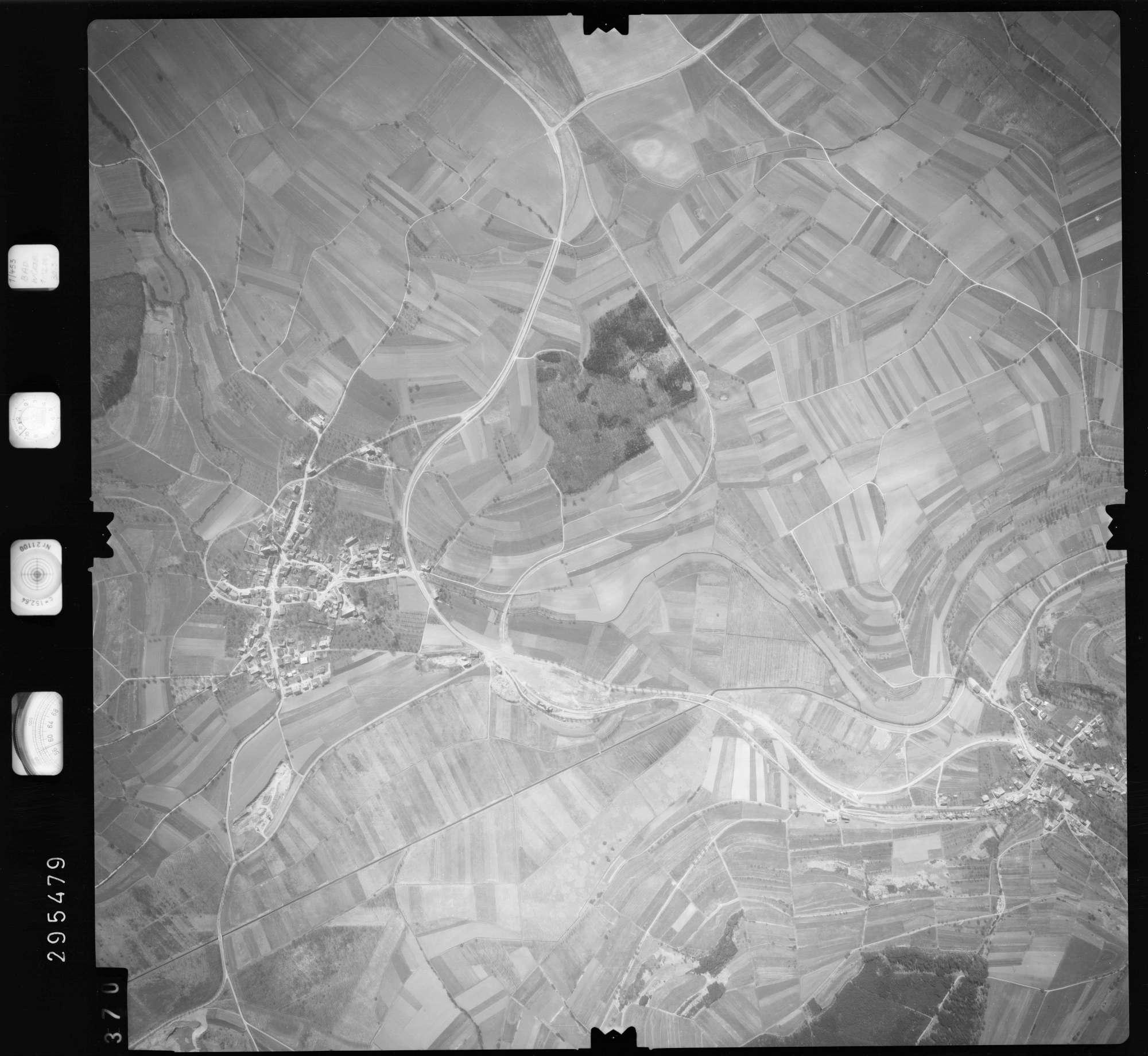 Luftbild: Film 69 Bildnr. 370, Bild 1