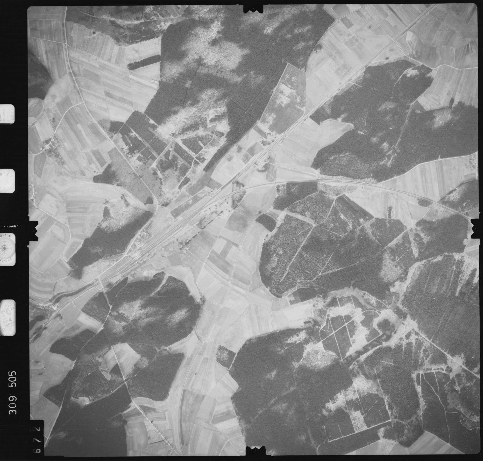Luftbild: Film 59 Bildnr. 672, Bild 1