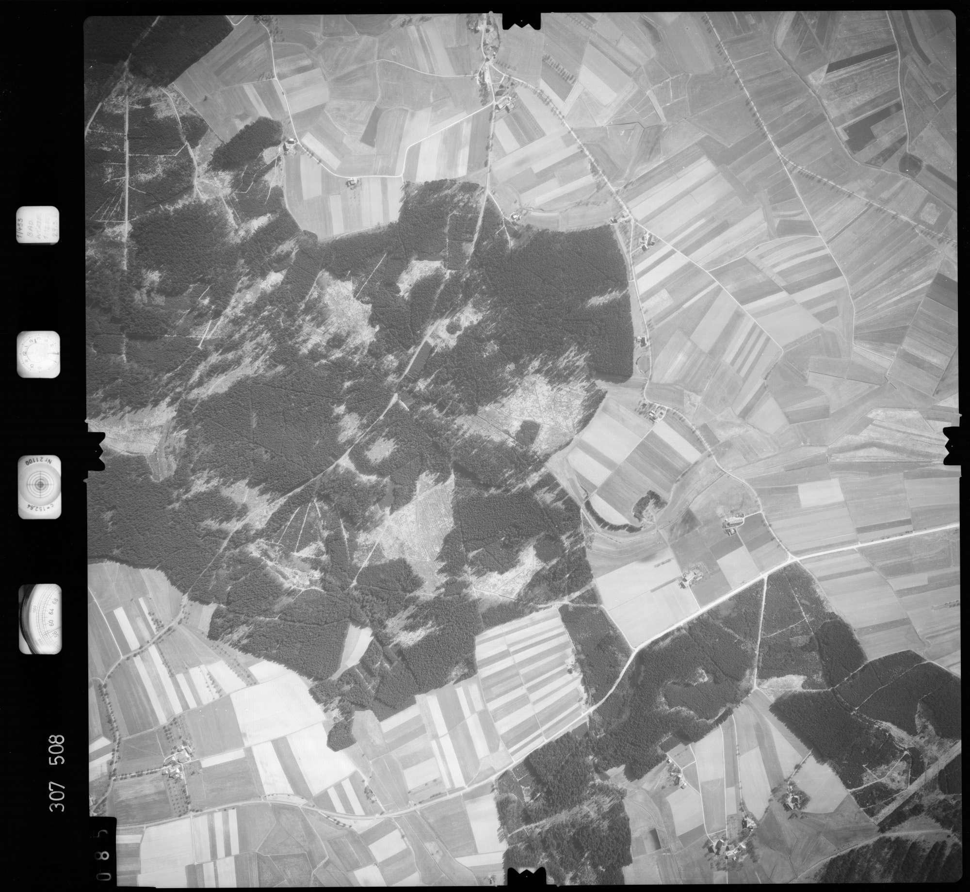 Luftbild: Film 61 Bildnr. 85, Bild 1