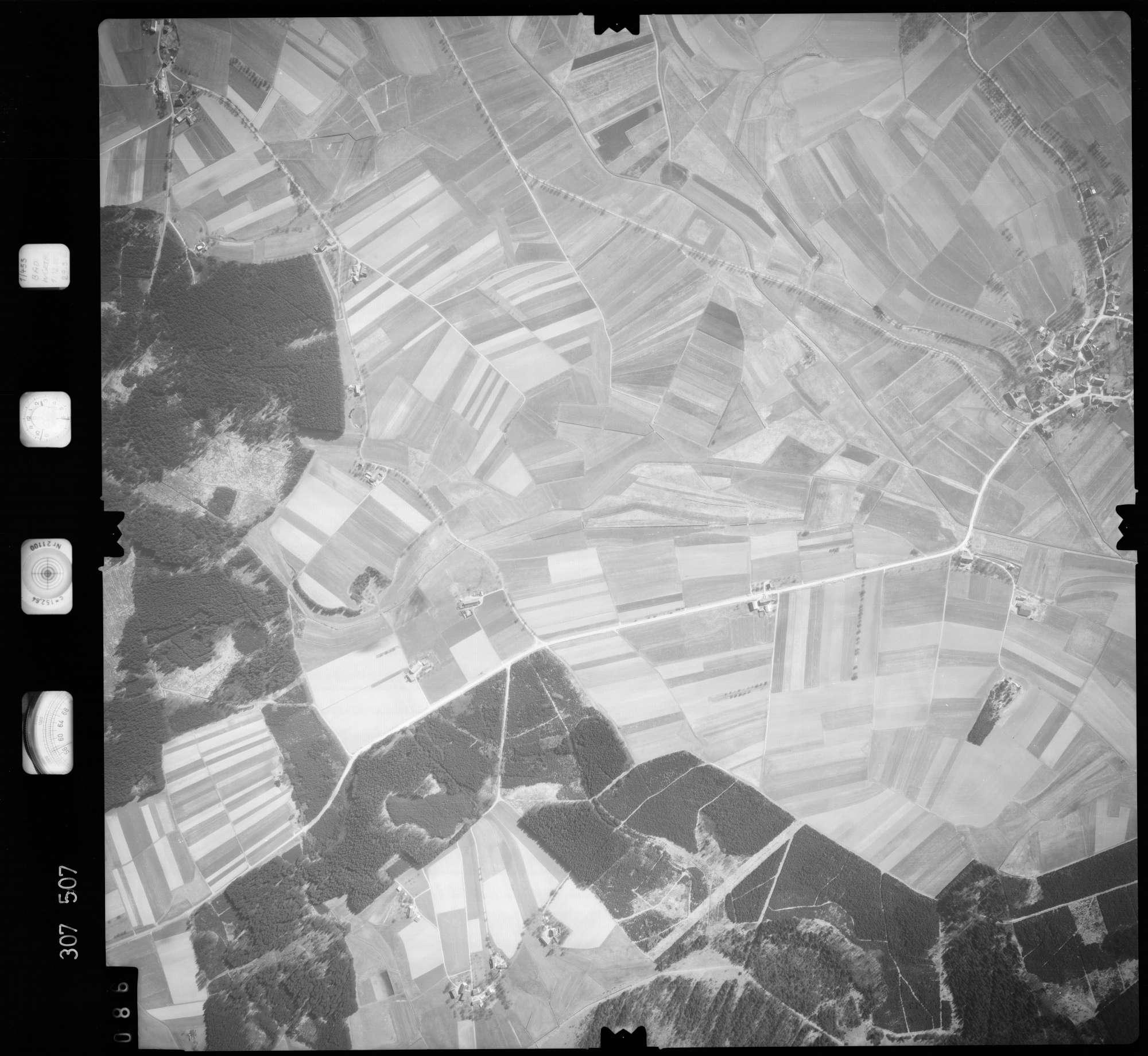 Luftbild: Film 61 Bildnr. 86, Bild 1