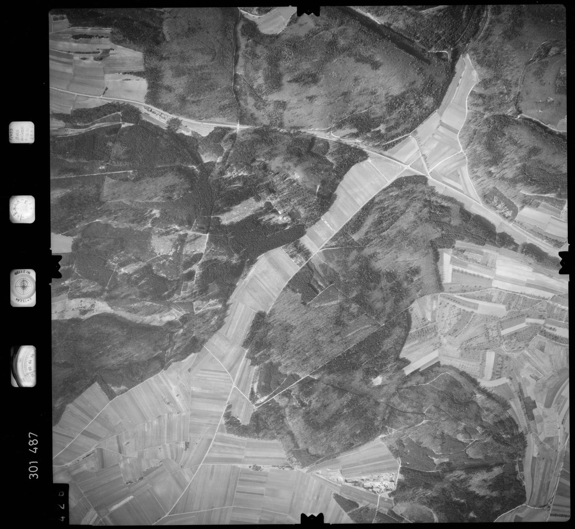 Luftbild: Film 64 Bildnr. 426, Bild 1