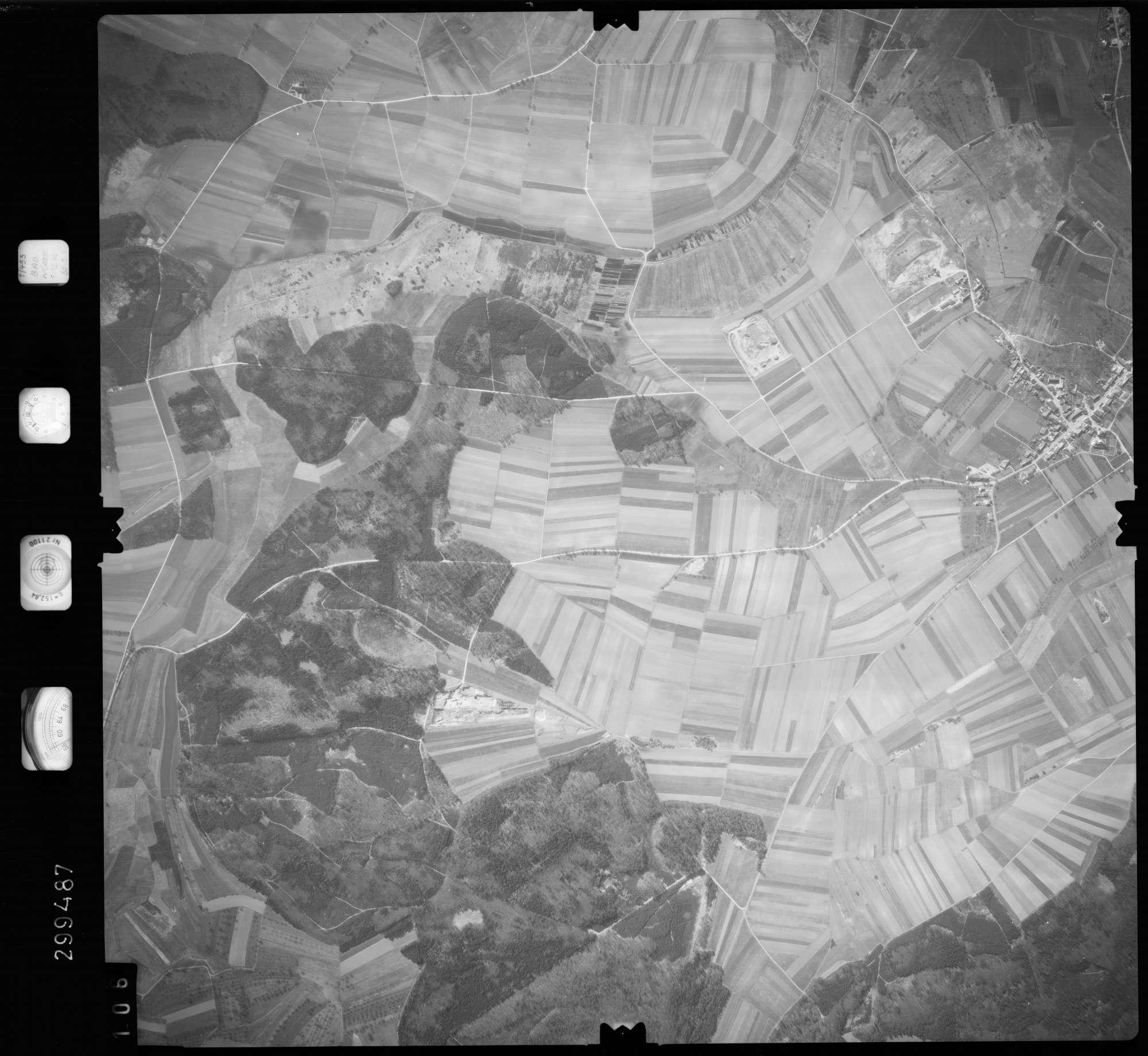Luftbild: Film 66 Bildnr. 106, Bild 1