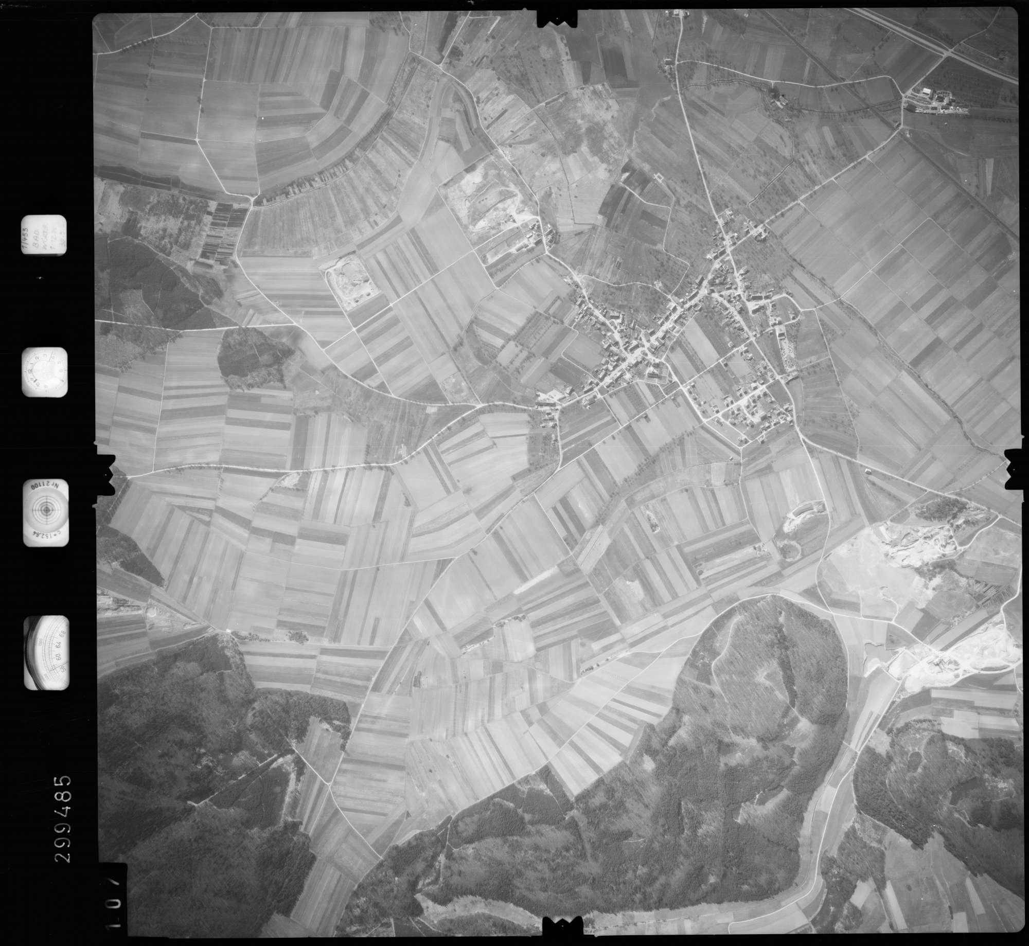 Luftbild: Film 66 Bildnr. 107, Bild 1