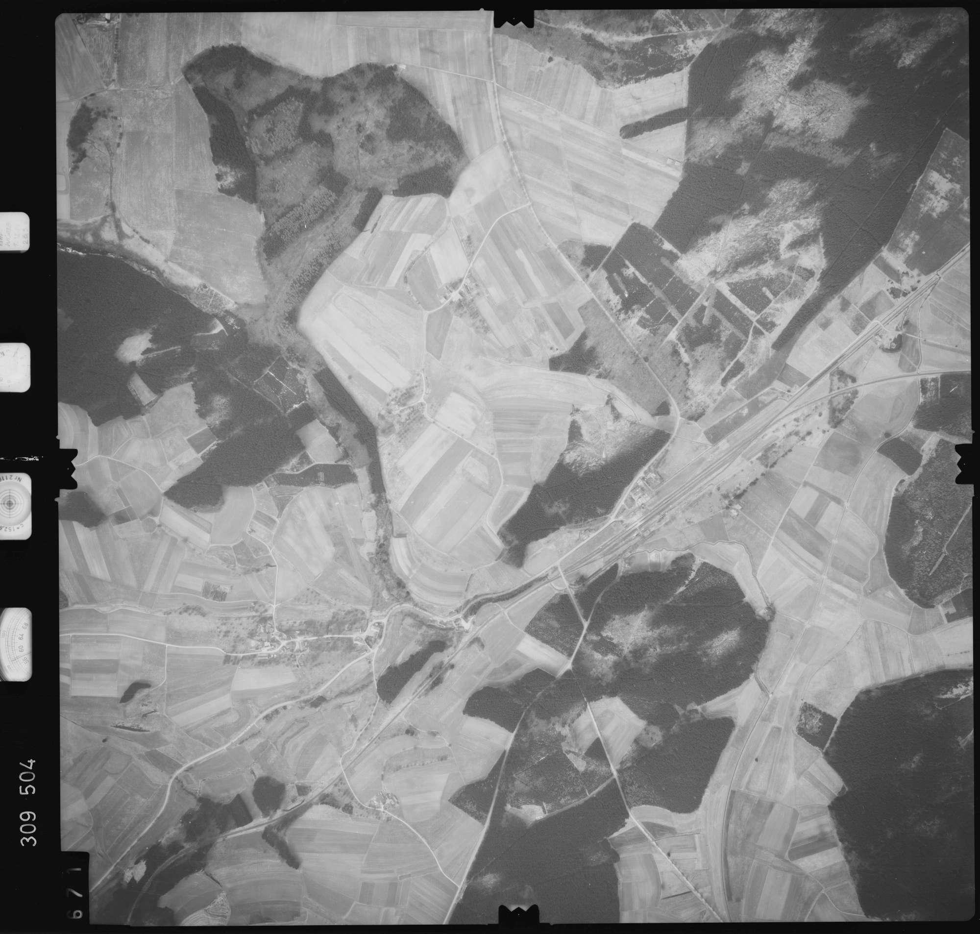 Luftbild: Film 59 Bildnr. 671, Bild 1