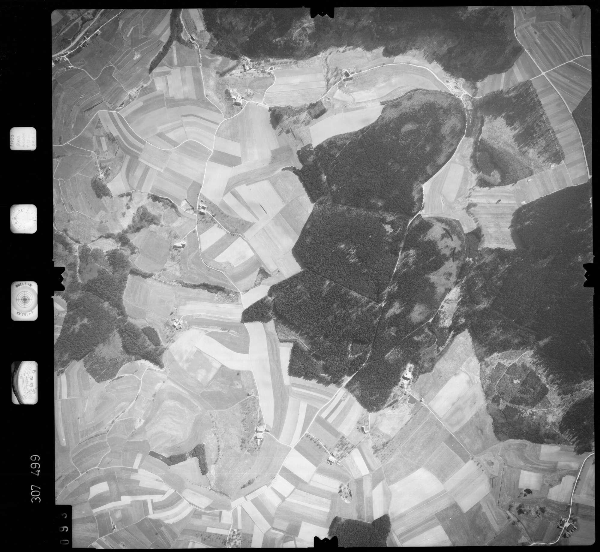 Luftbild: Film 61 Bildnr. 93, Bild 1