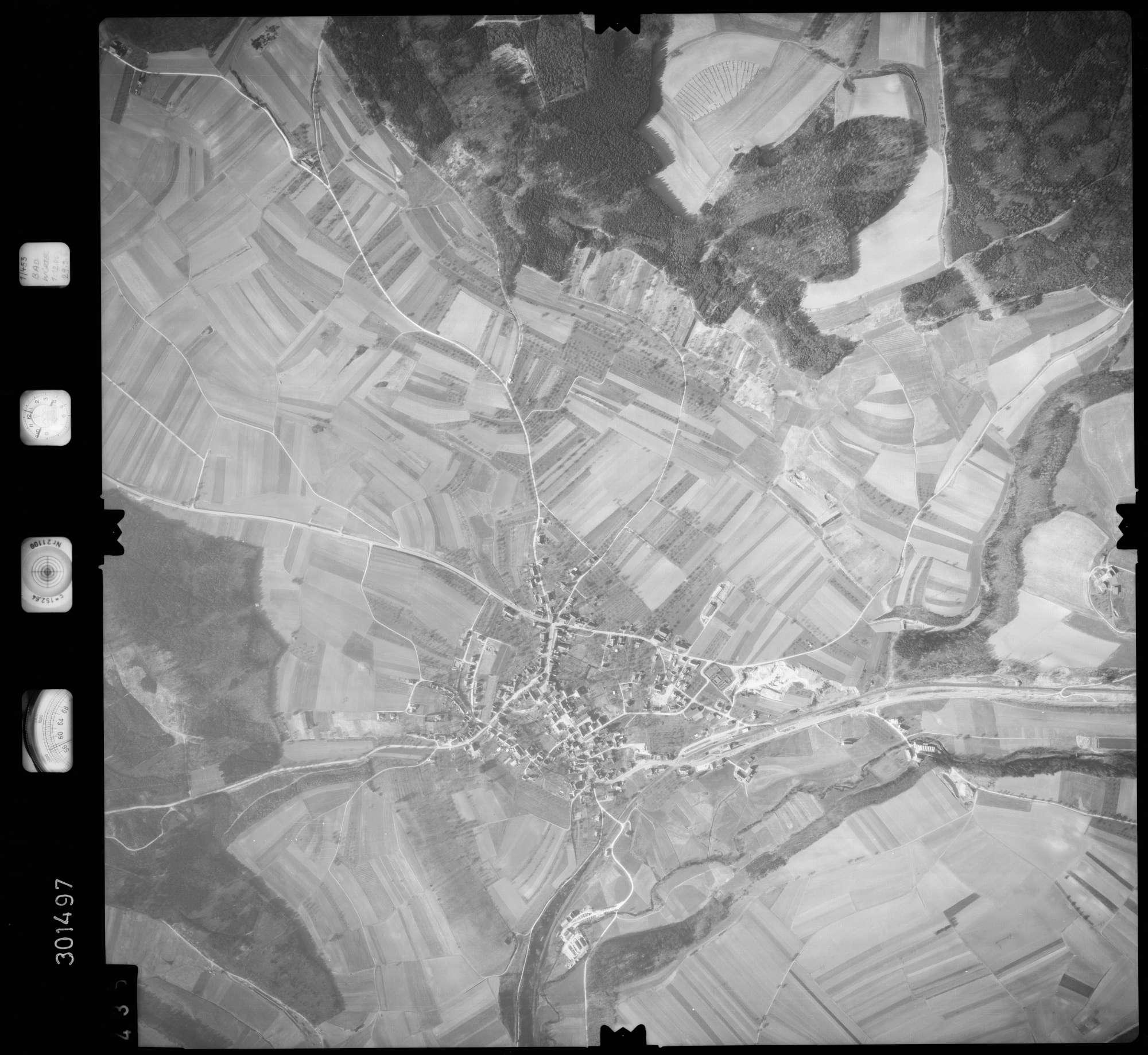 Luftbild: Film 64 Bildnr. 435, Bild 1