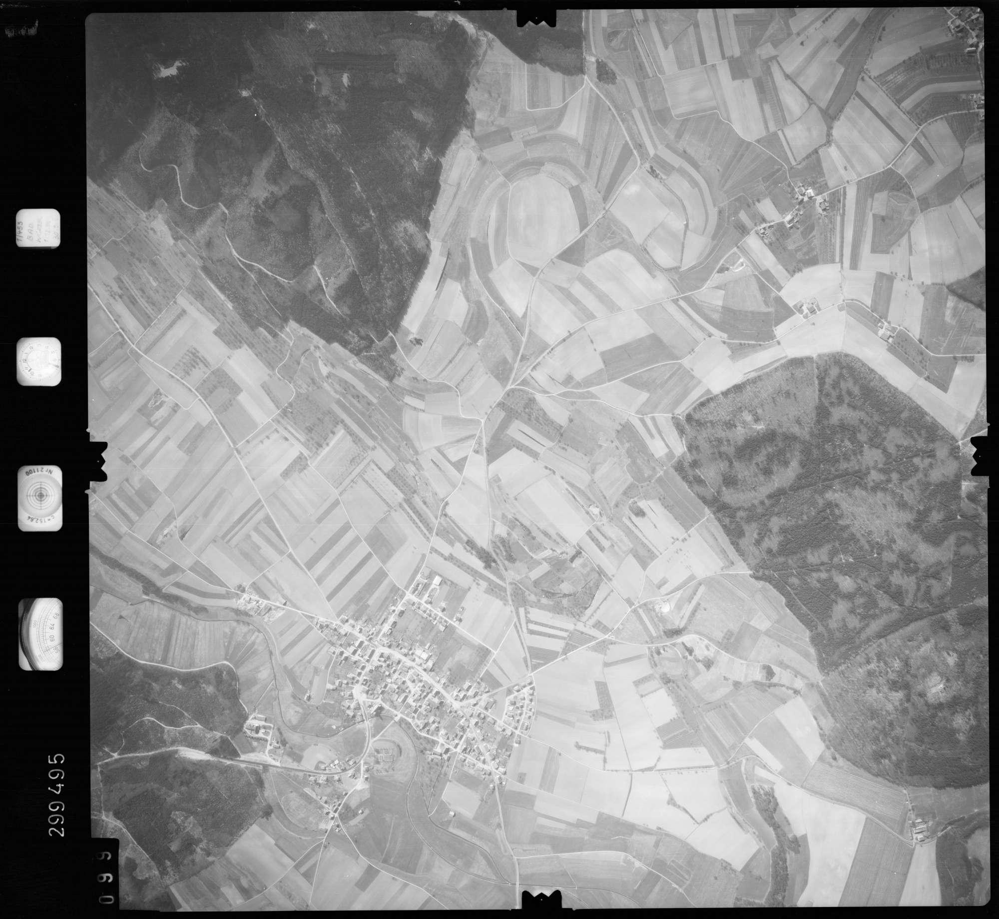 Luftbild: Film 66 Bildnr. 99, Bild 1