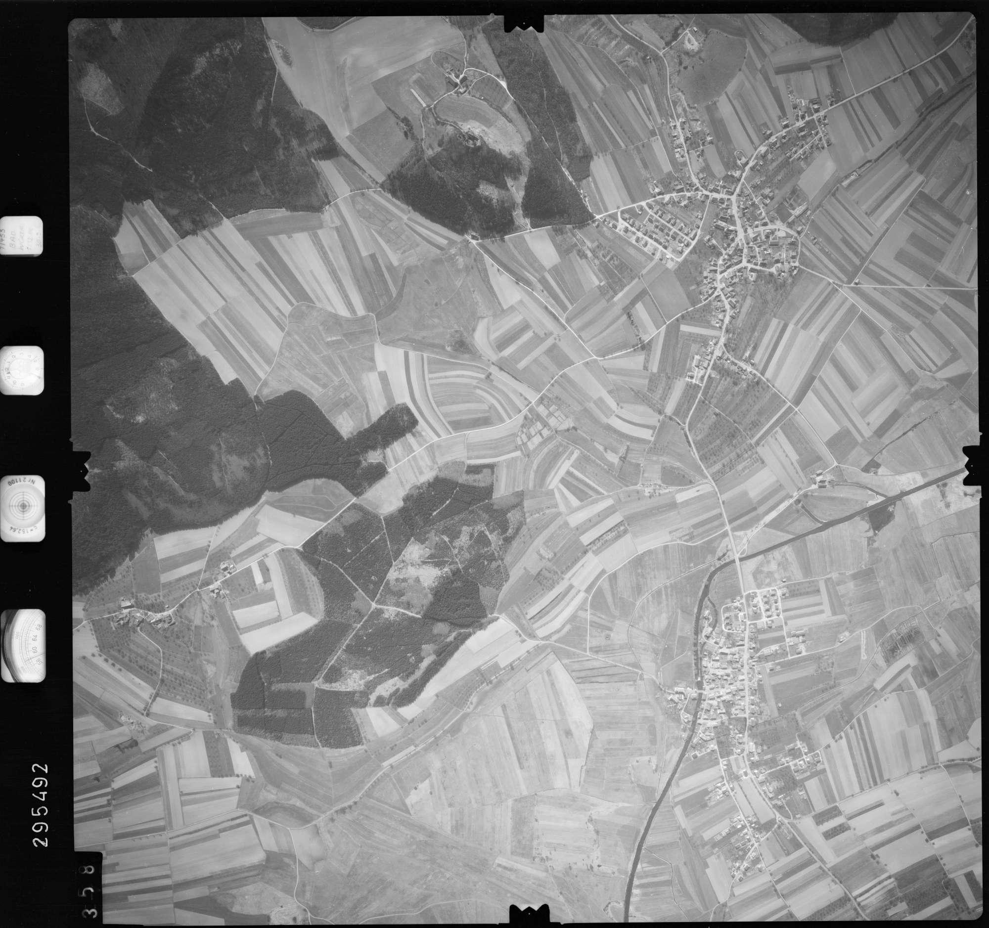 Luftbild: Film 69 Bildnr. 358, Bild 1