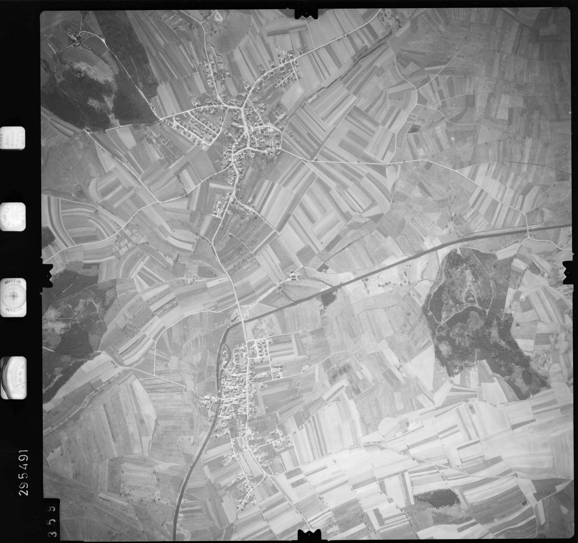Luftbild: Film 69 Bildnr. 359, Bild 1