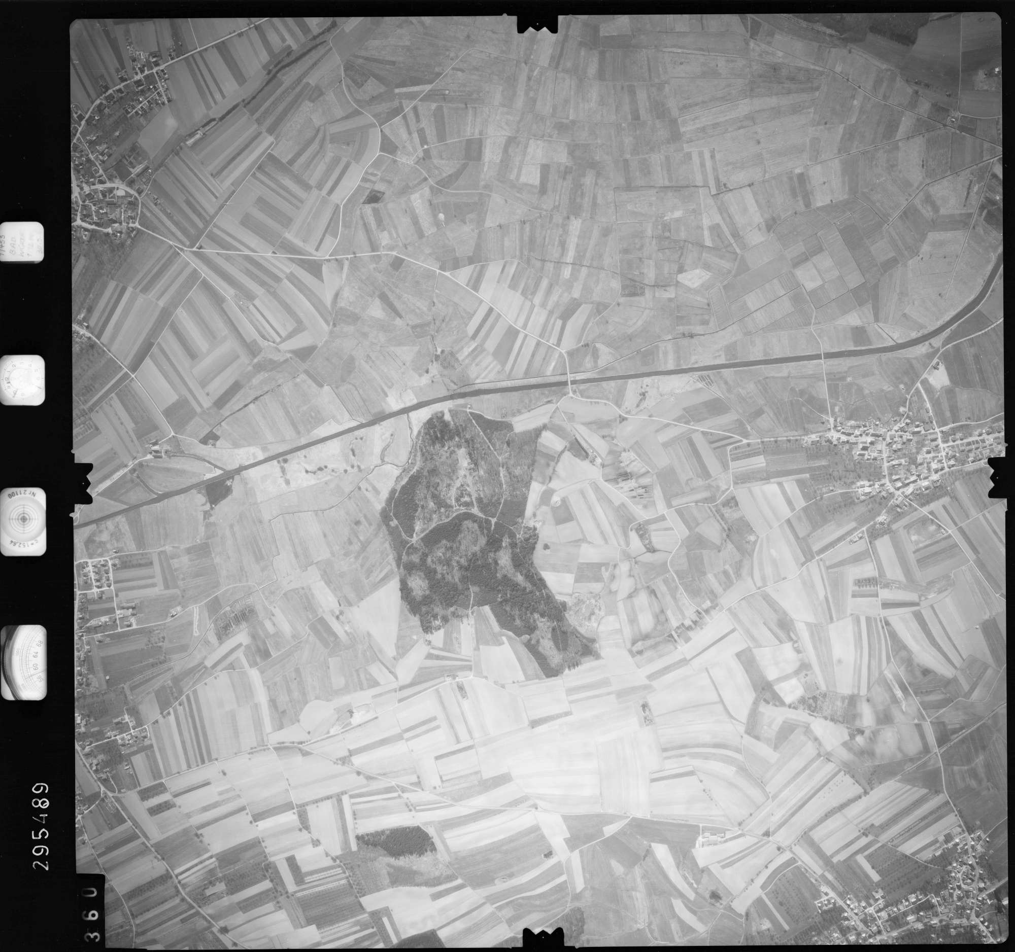 Luftbild: Film 69 Bildnr. 360, Bild 1
