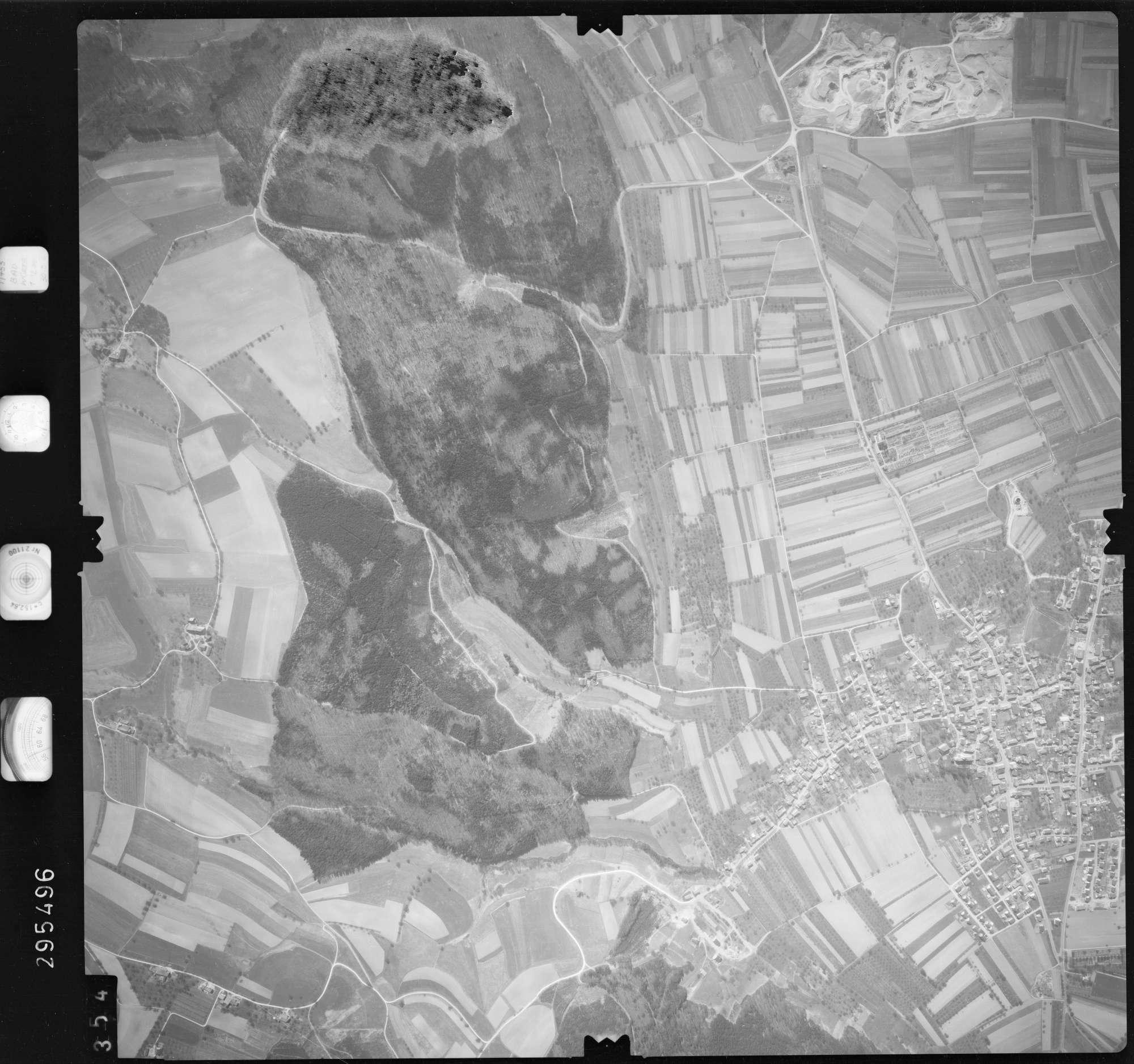 Luftbild: Film 69 Bildnr. 354, Bild 1