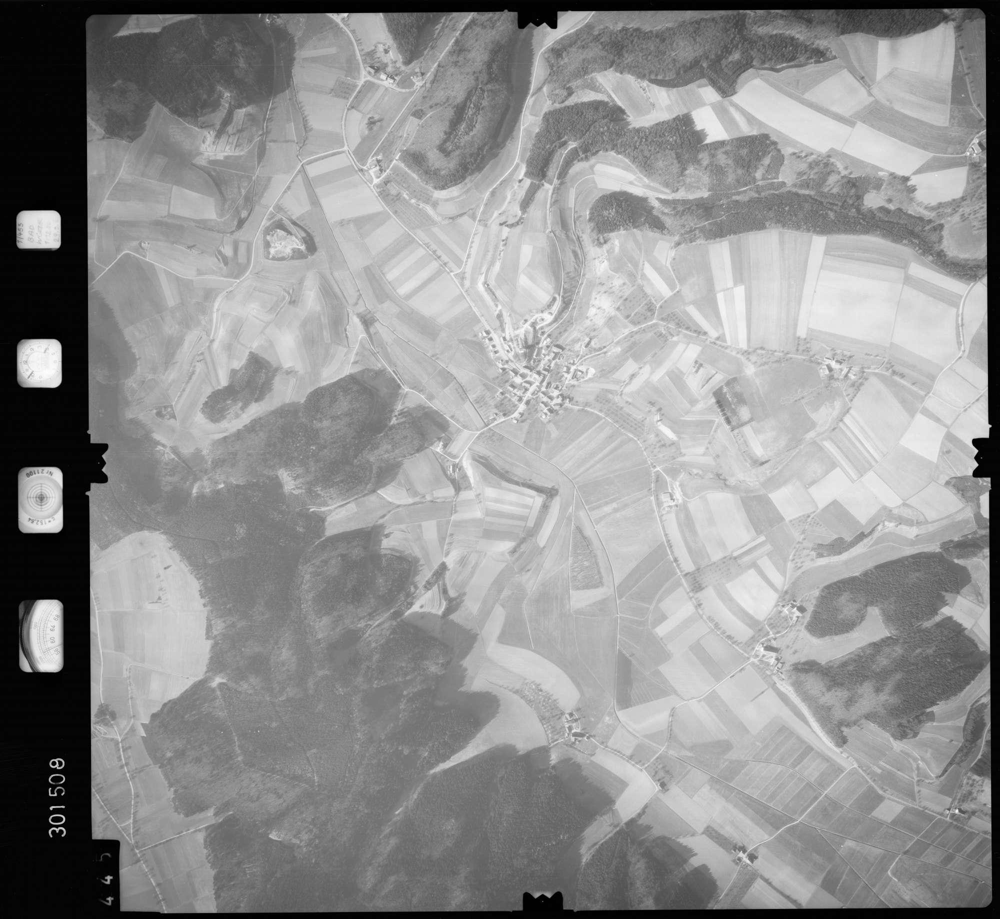 Luftbild: Film 64 Bildnr. 445, Bild 1