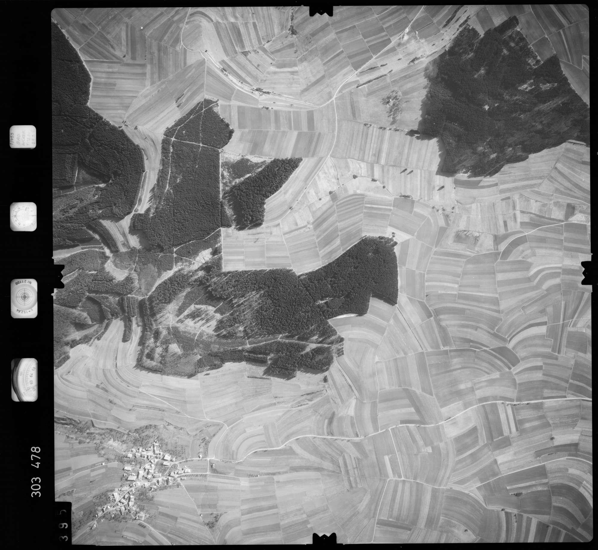 Luftbild: Film 64 Bildnr. 395, Bild 1