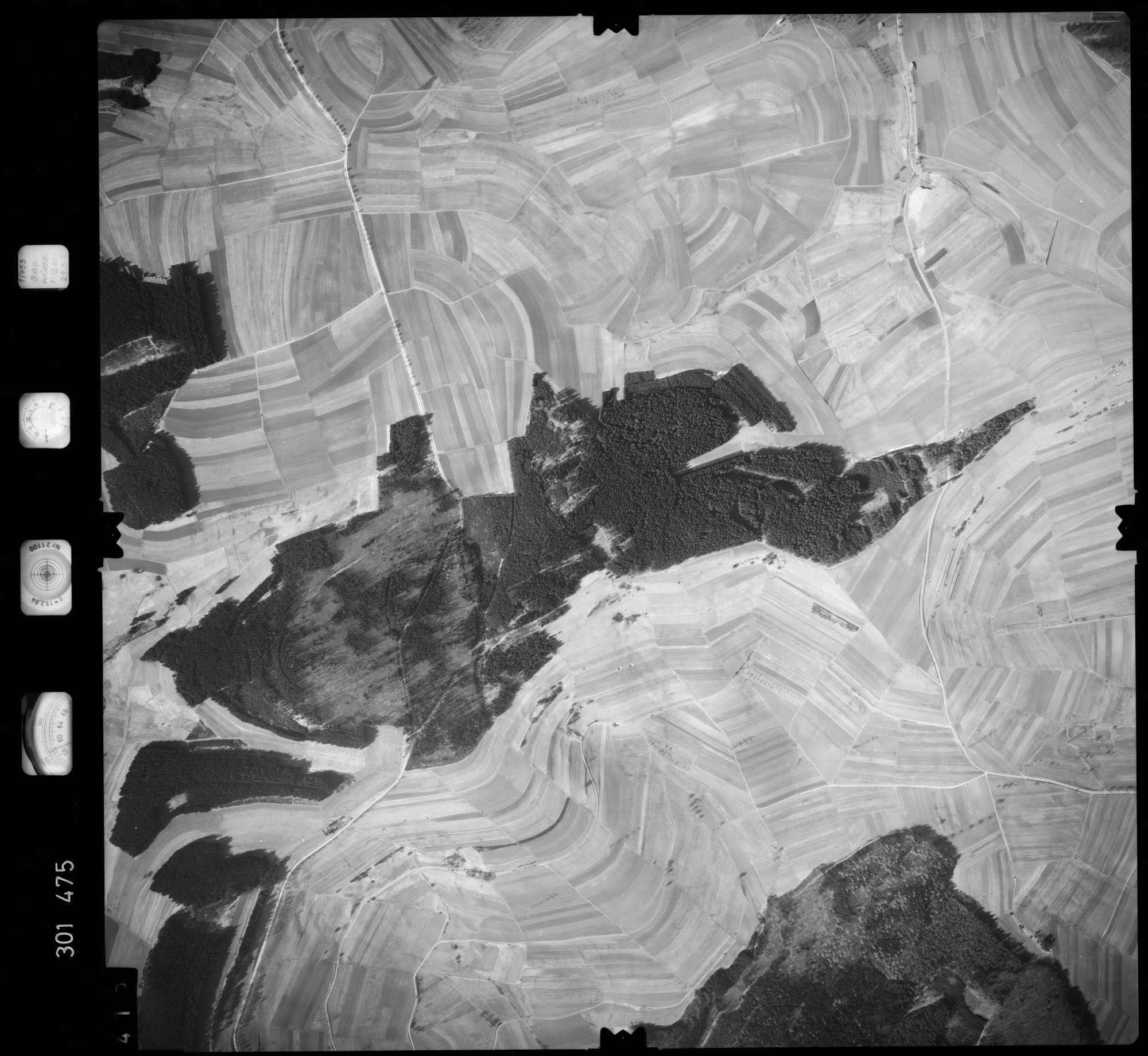 Luftbild: Film 64 Bildnr. 415, Bild 1